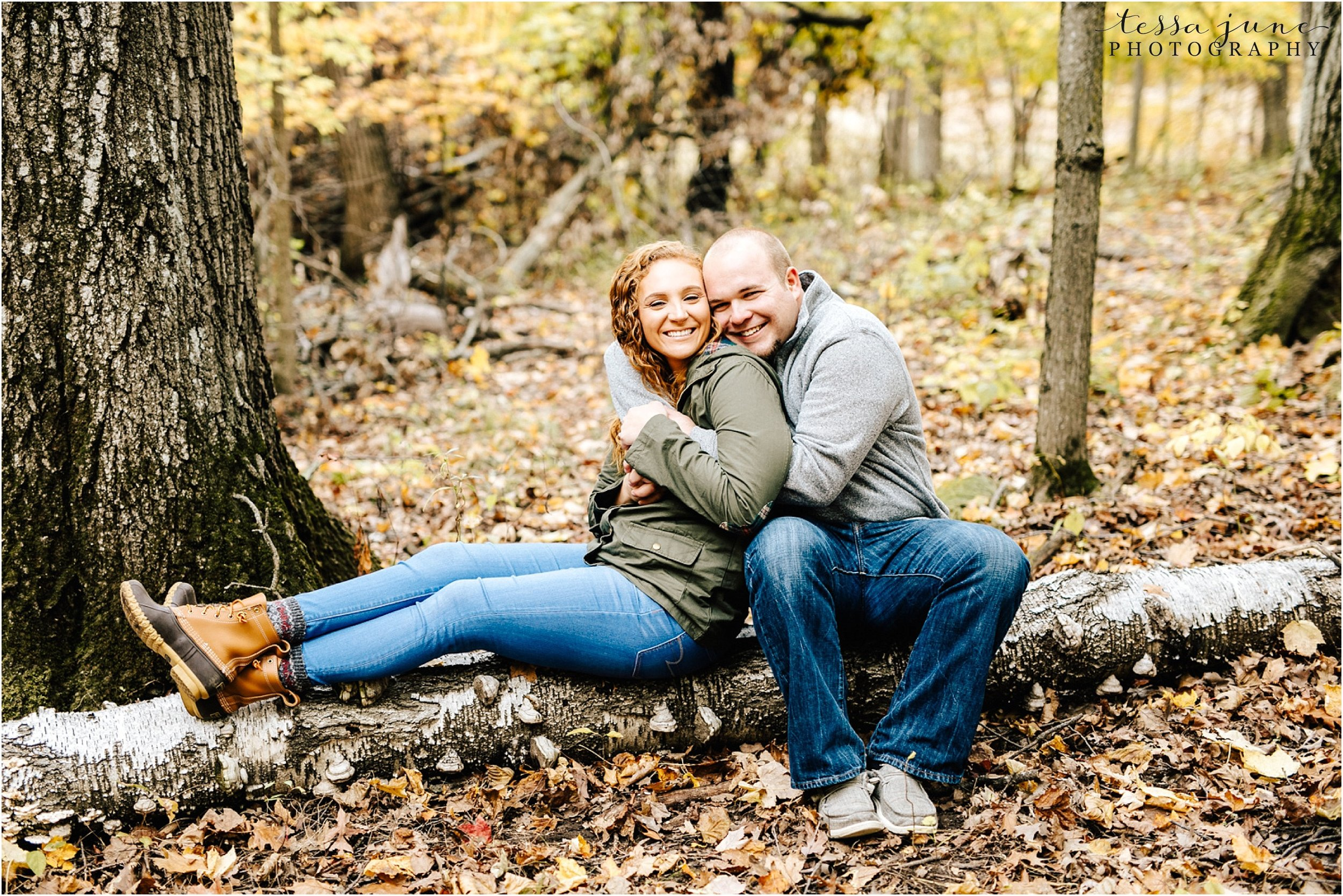 st-cloud-wedding-photographer-lake-maria-engagement-in-the-fall-9.jpg