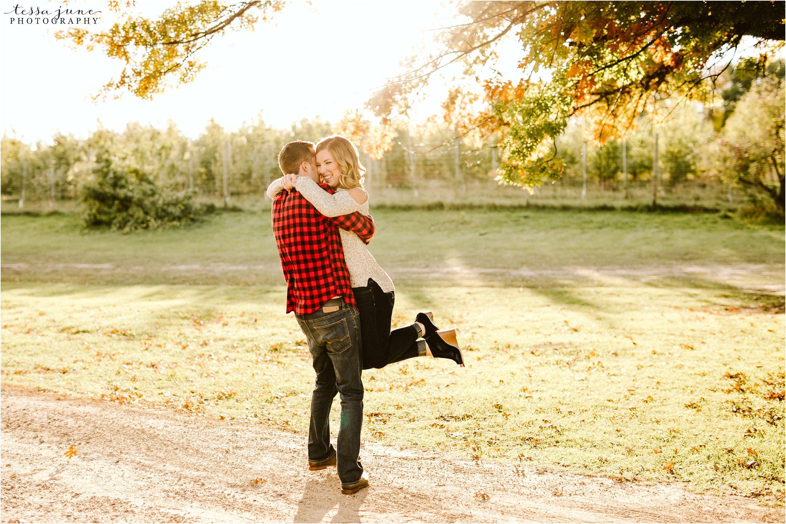 st-cloud-wedding-photographer-deer-lake-orchard-engagement-19.jpg