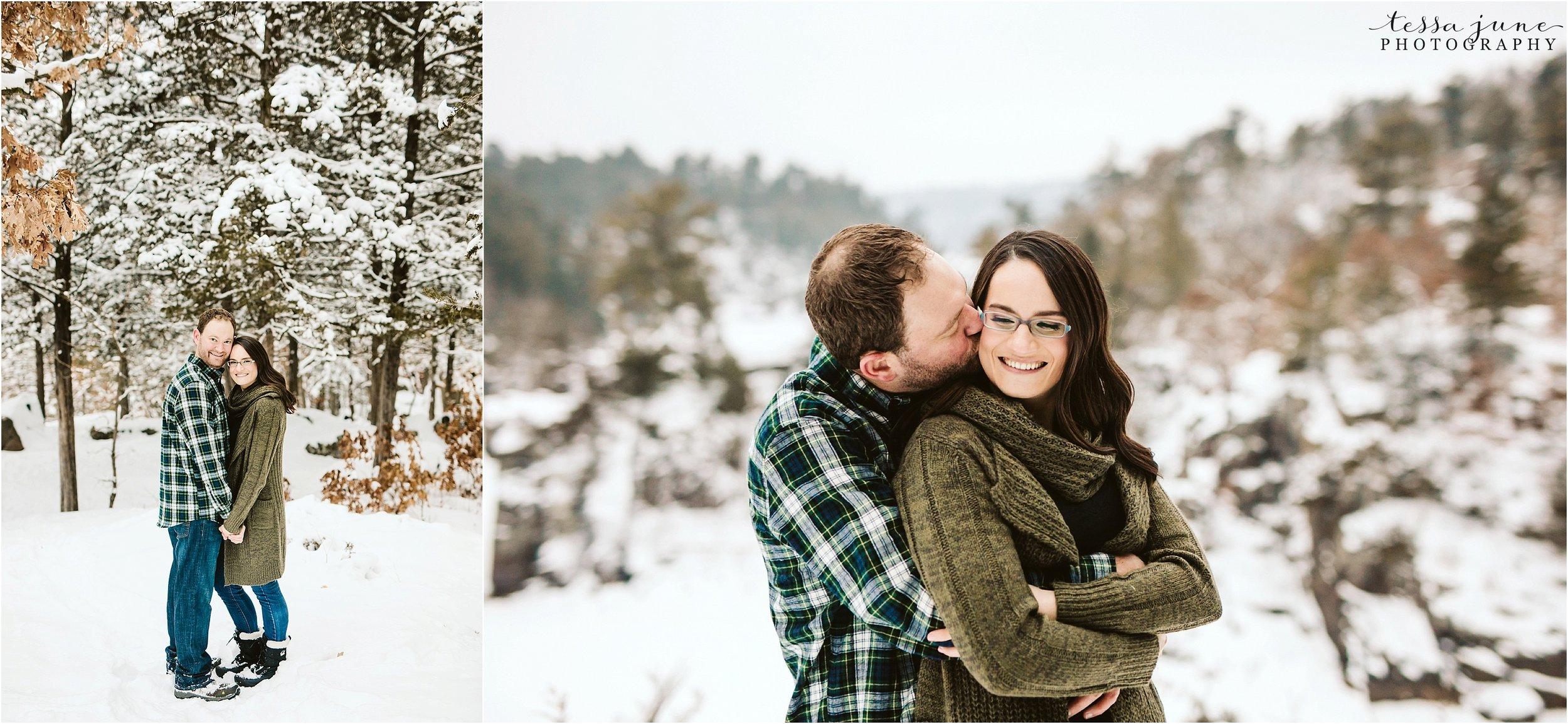 taylors-falls-winter-engagement-session-st-cloud-photographer-29.jpg