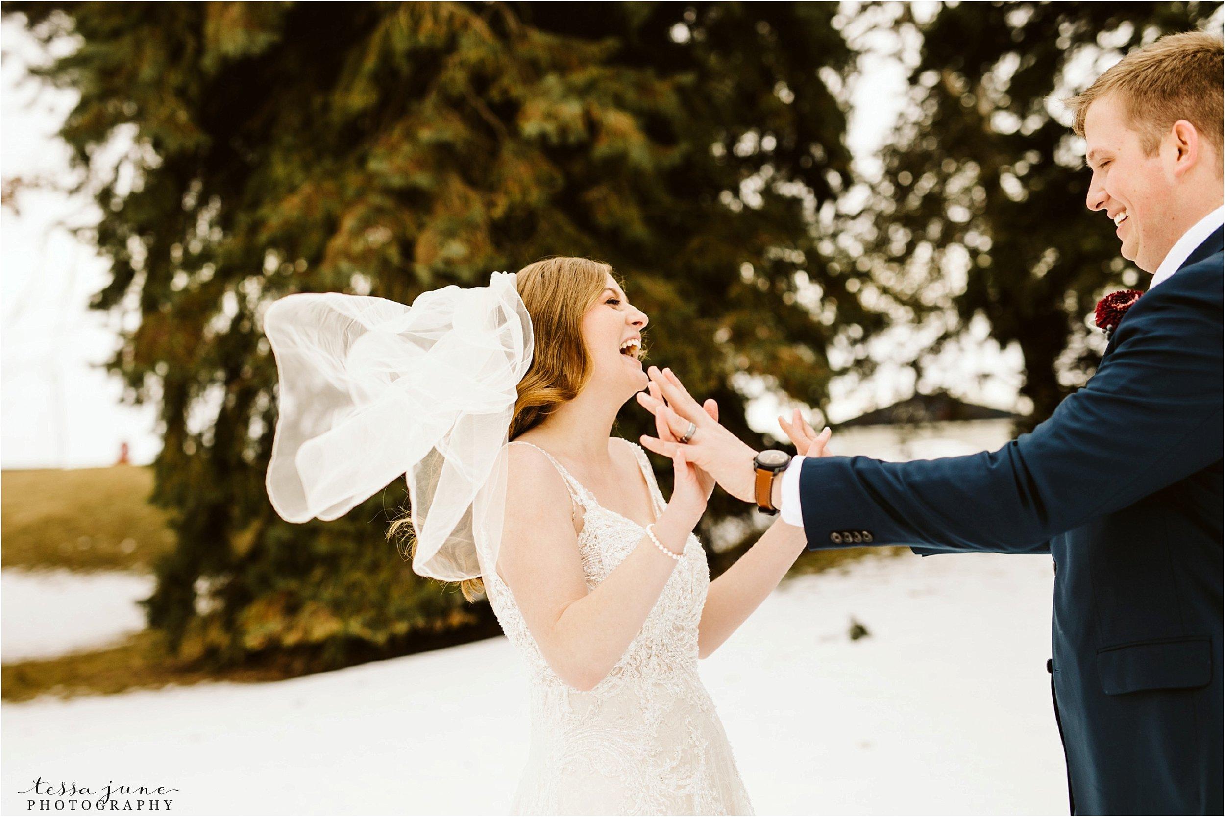 winter-wedding-in-eden-prairie-barn-minnesota-airplane-81.jpg