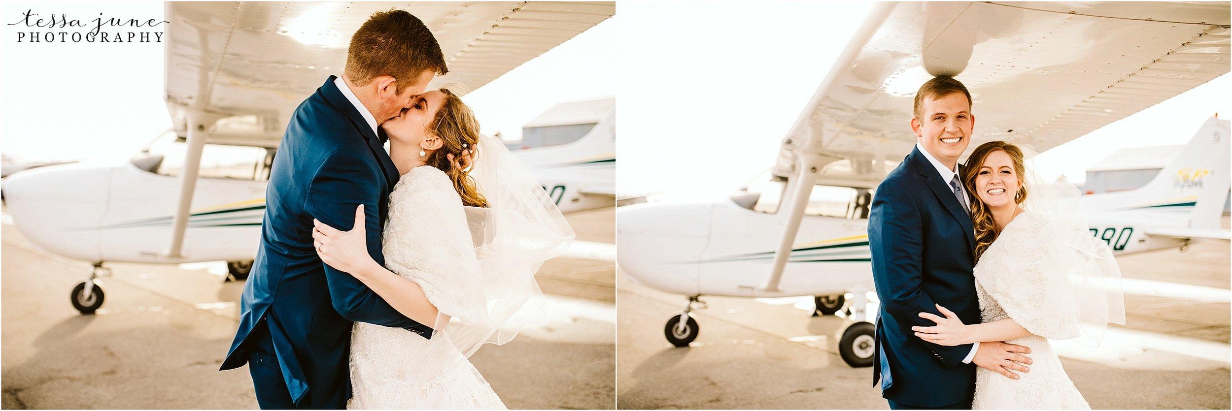 winter-wedding-in-eden-prairie-barn-minnesota-airplane-105.jpg