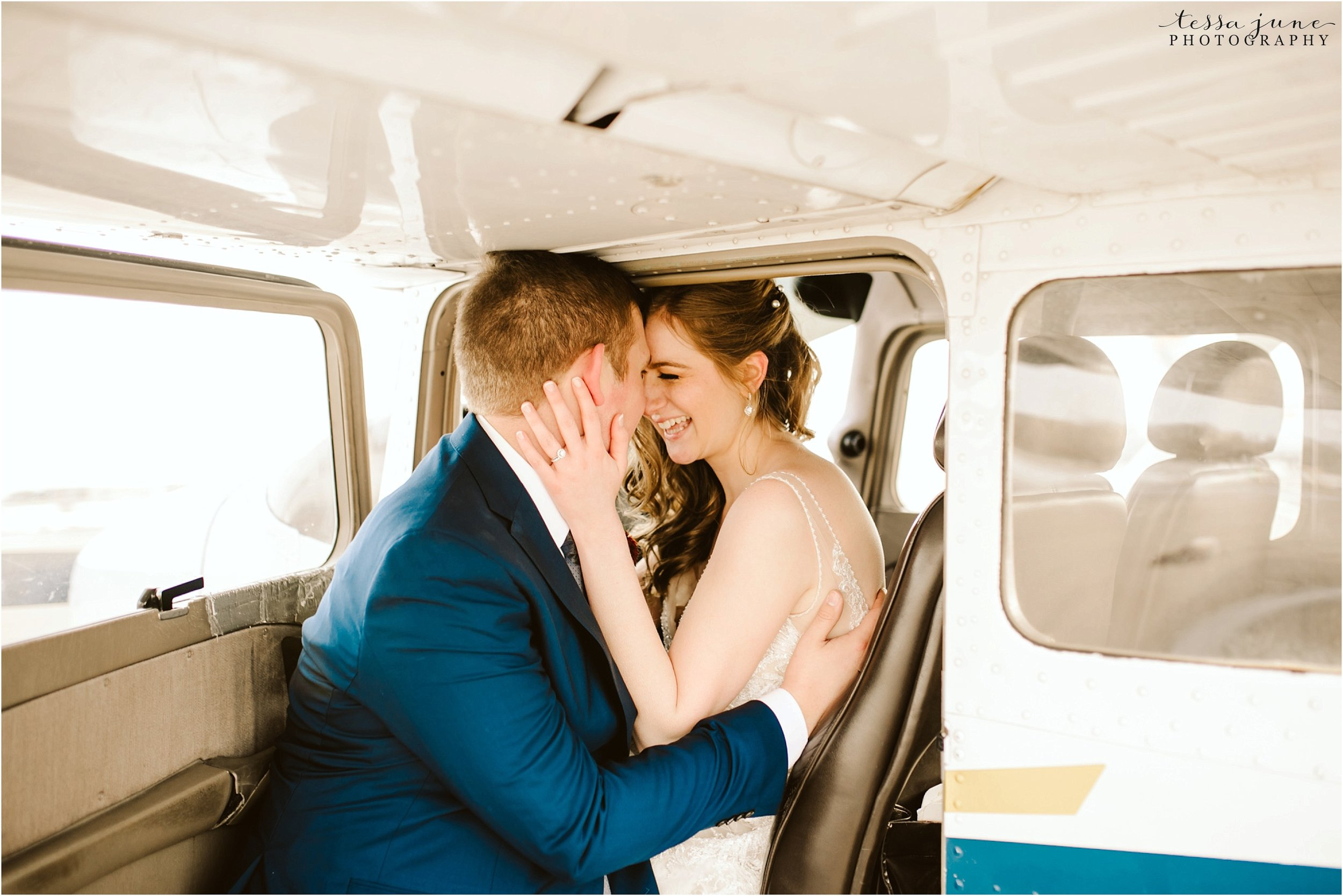 winter-wedding-in-eden-prairie-barn-minnesota-airplane-118.jpg
