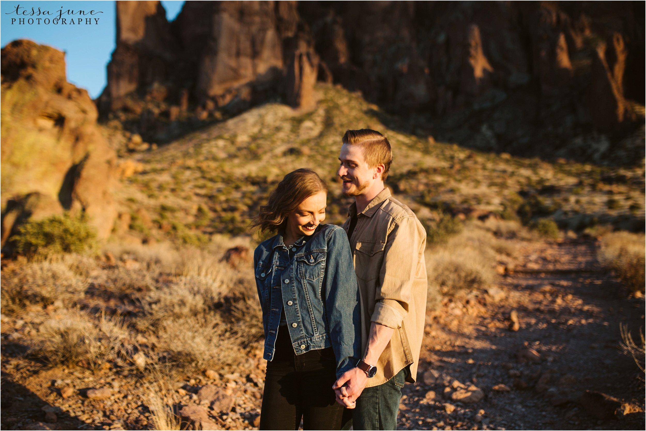 lost-dutchman-state-park-engagement-arizona-destination-photographer-phoenix-9.jpg