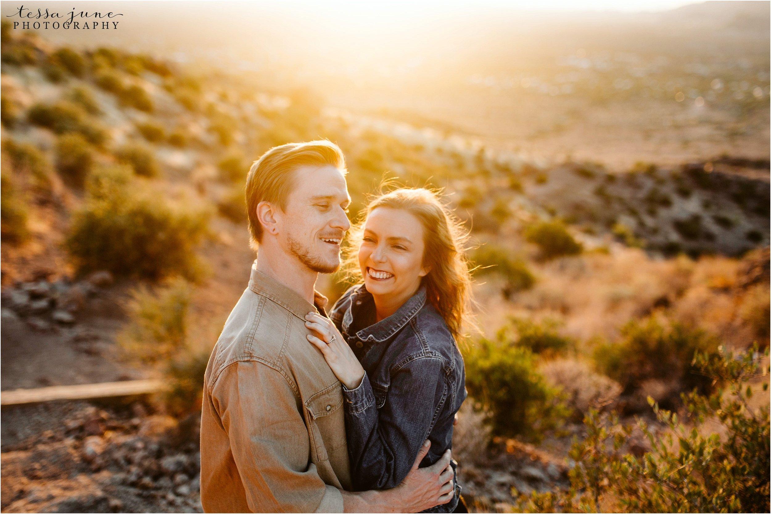 lost-dutchman-state-park-engagement-arizona-destination-photographer-phoenix-15.jpg