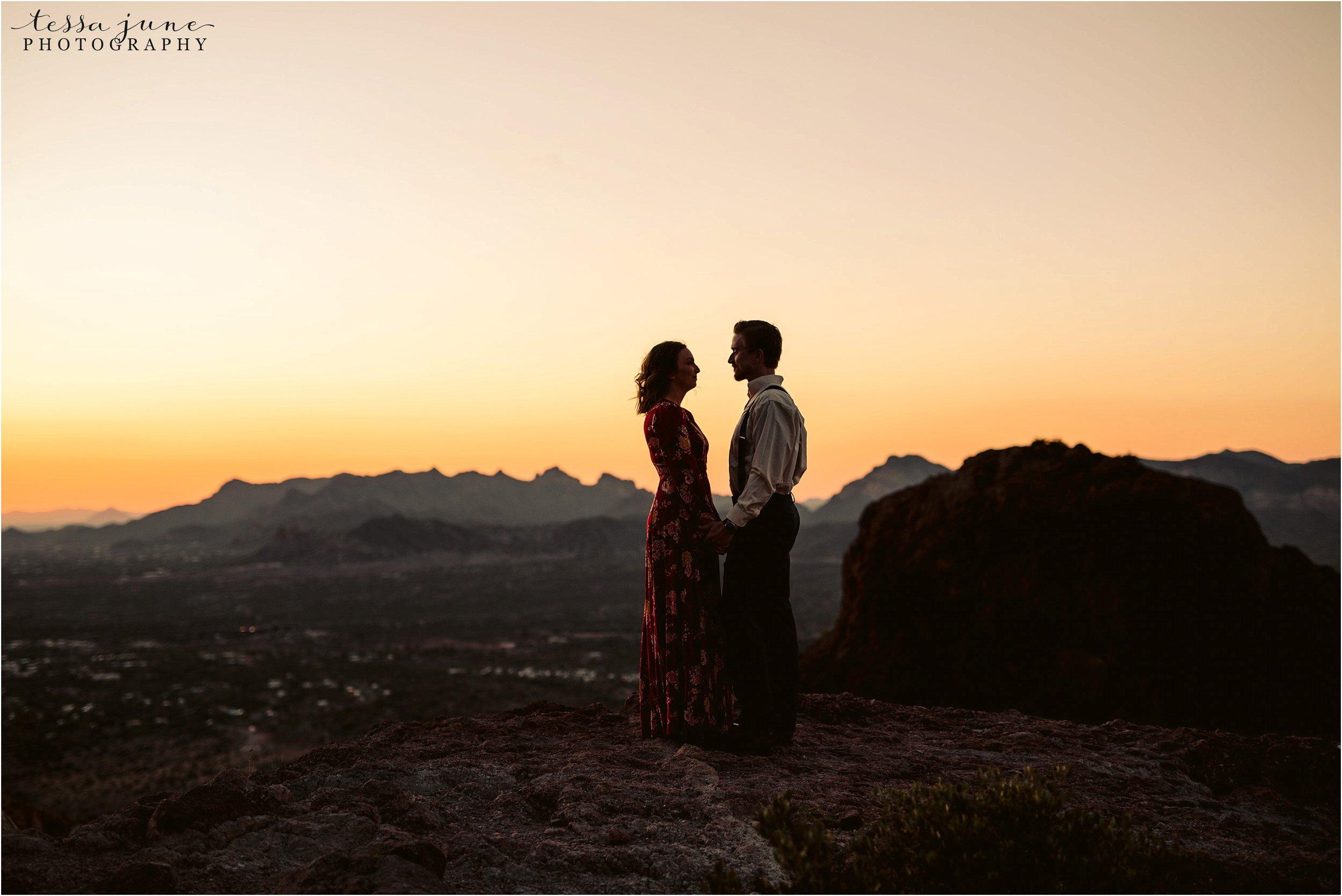 lost-dutchman-state-park-engagement-arizona-destination-photographer-phoenix-17.jpg