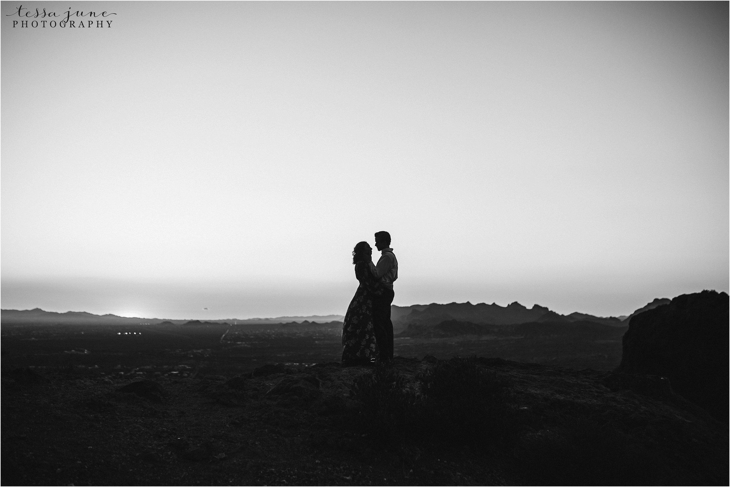 lost-dutchman-state-park-engagement-arizona-destination-photographer-phoenix-19.jpg