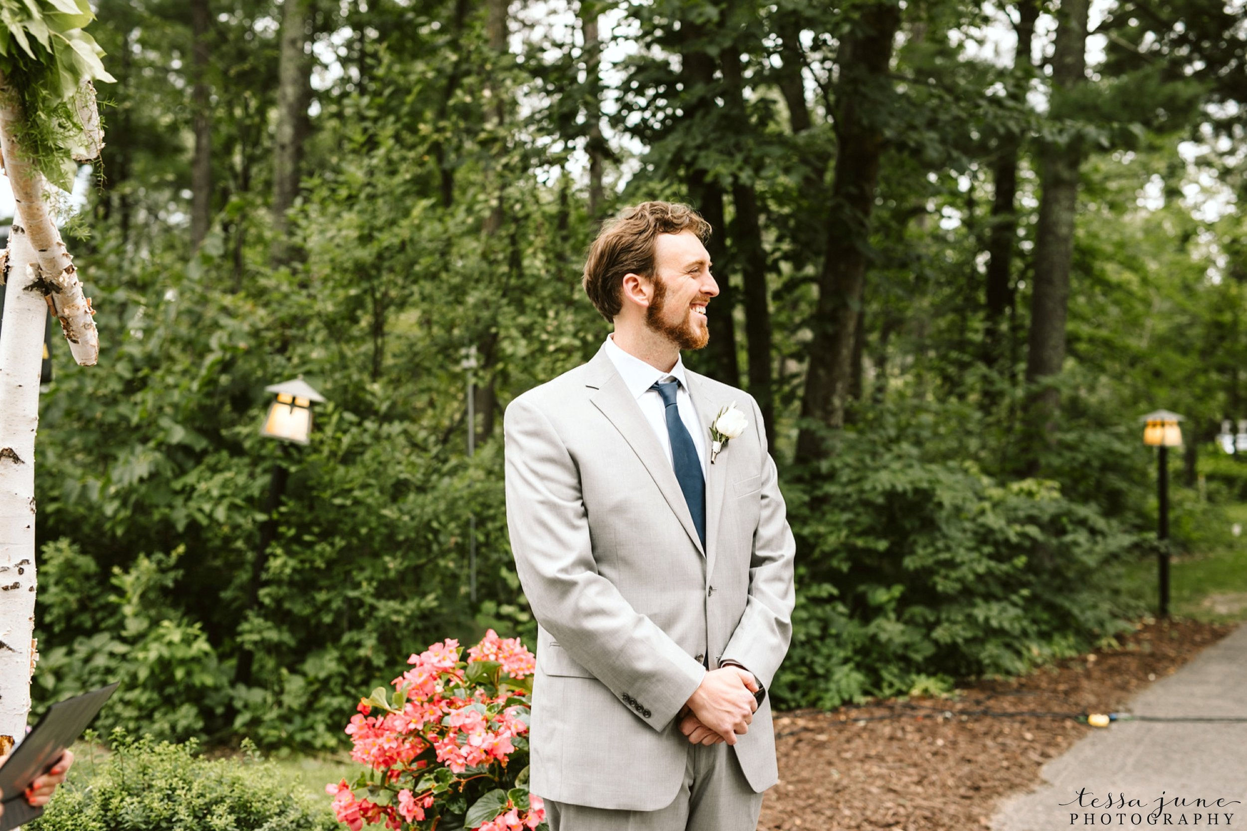 grandview-lodge-intimate-wedding-nisswa-minnesota_0046.jpg