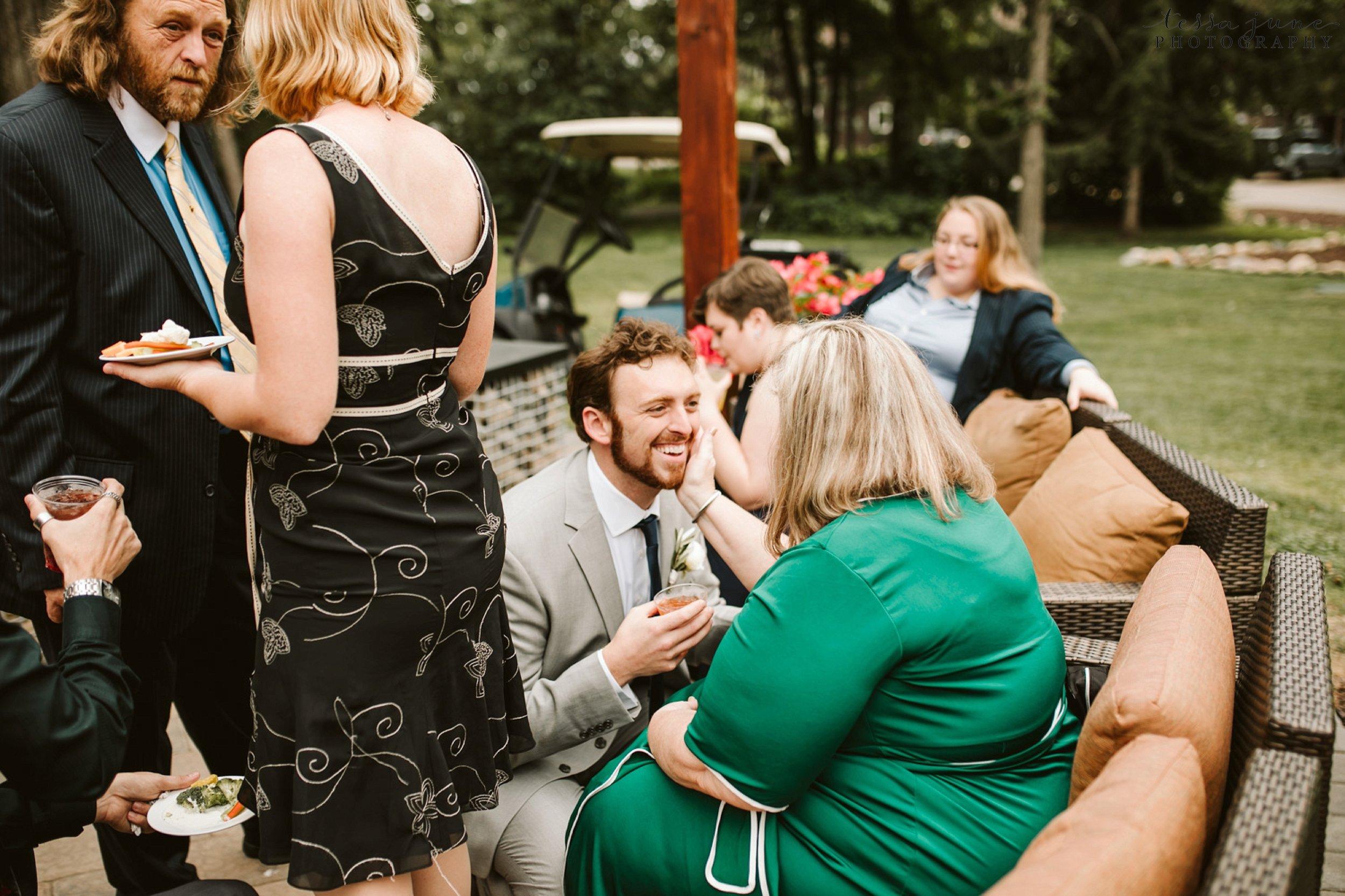 grandview-lodge-intimate-wedding-nisswa-minnesota_0064.jpg