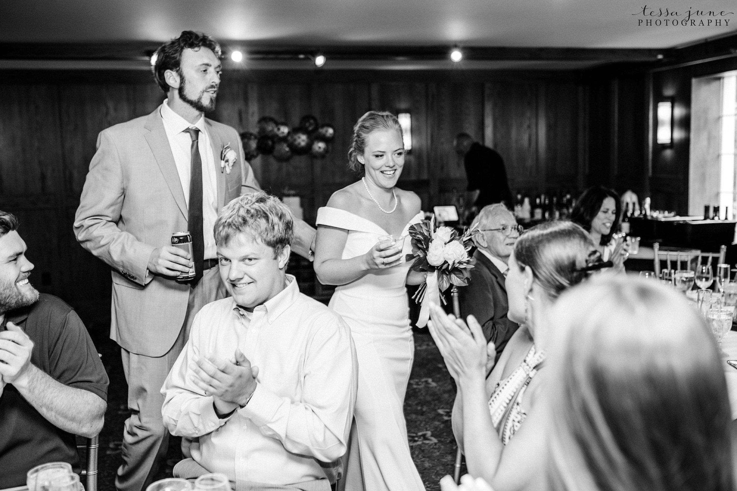 grandview-lodge-intimate-wedding-nisswa-minnesota_0093.jpg