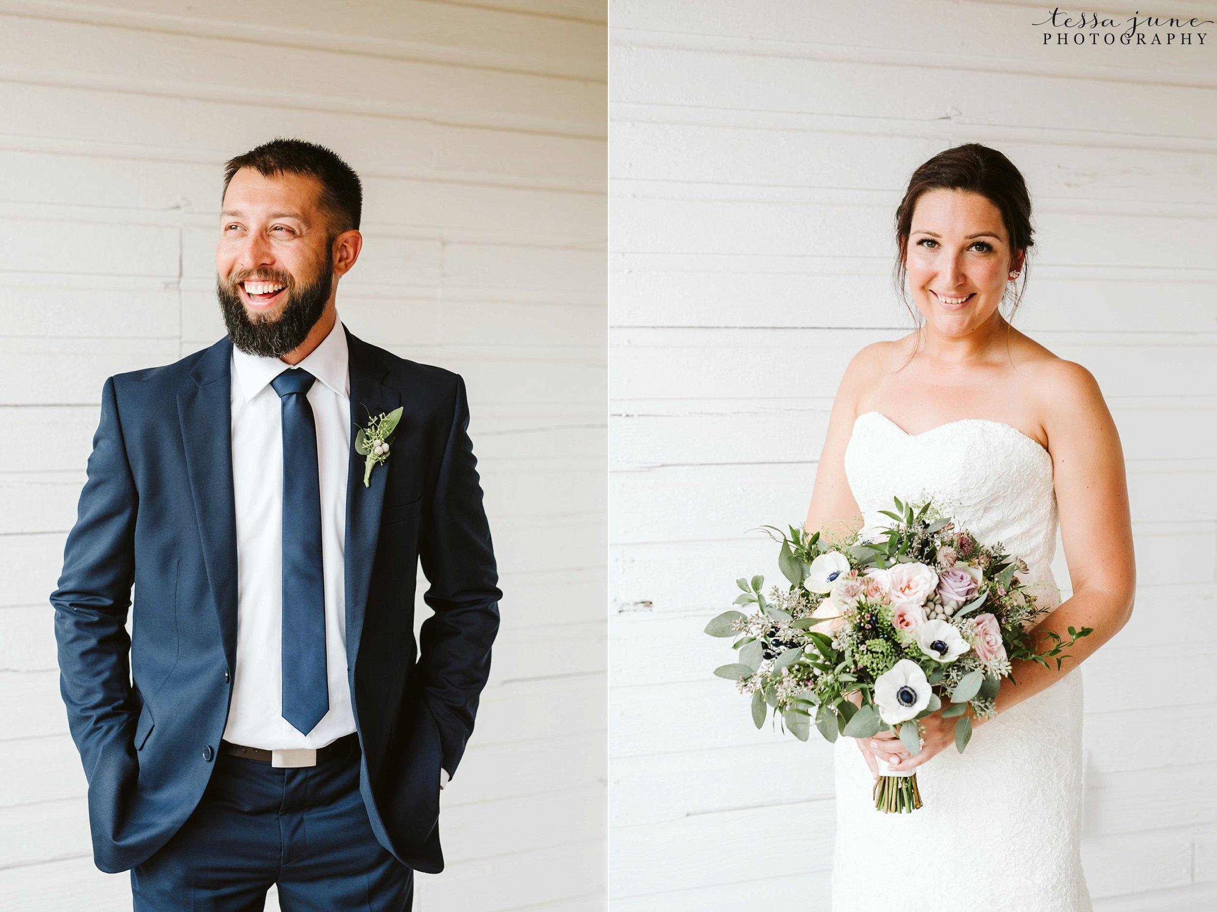 gathered-oaks-barn-wedding-alexandria-minnesota-33.jpg