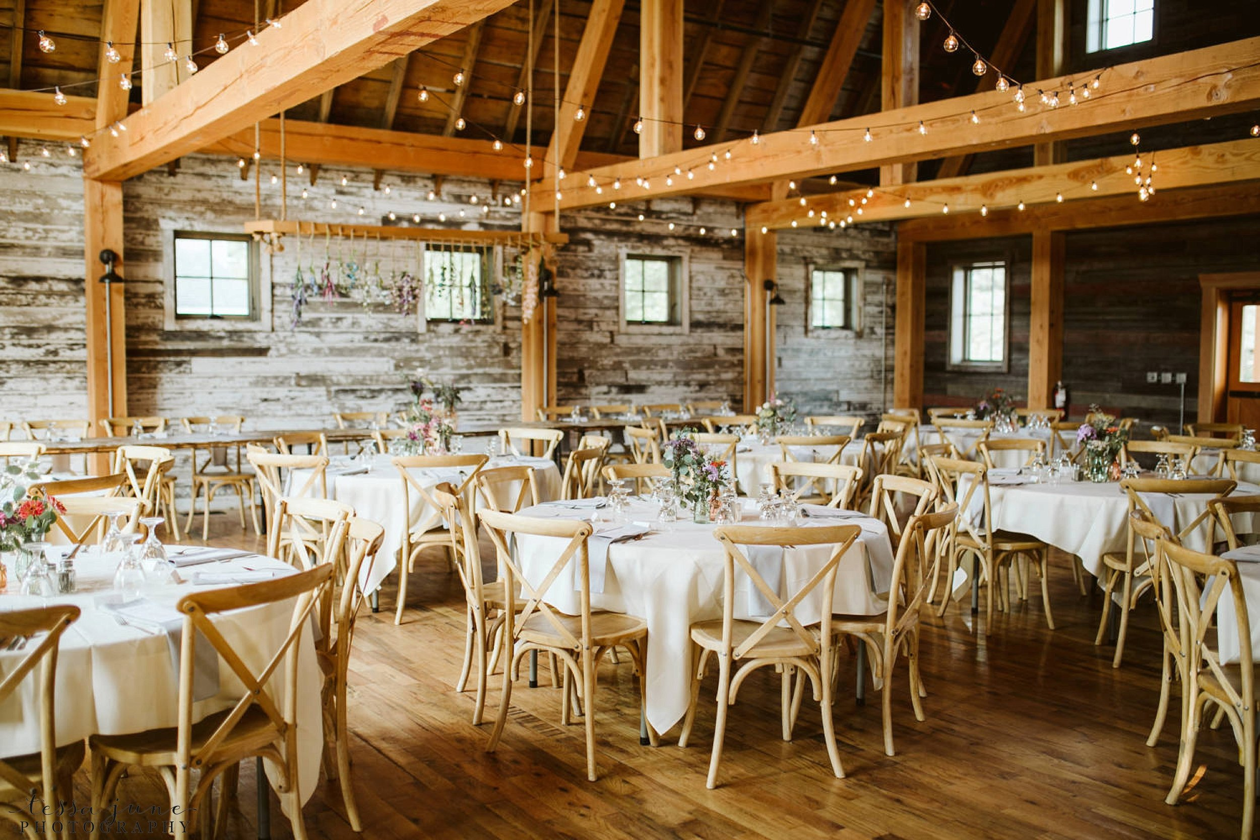 gathered-oaks-barn-wedding-alexandria-minnesota-125.jpg
