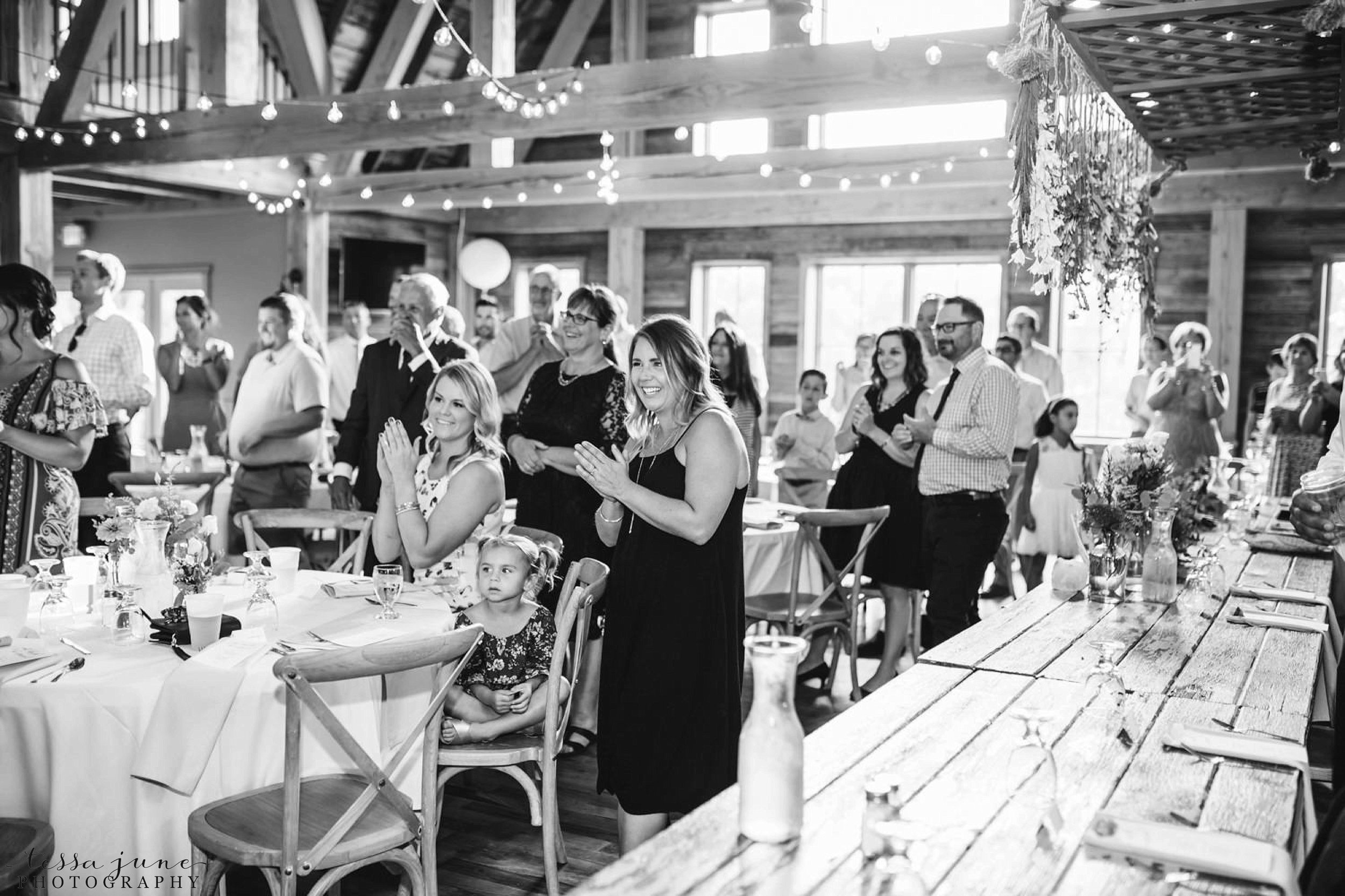 gathered-oaks-barn-wedding-alexandria-minnesota-169.jpg