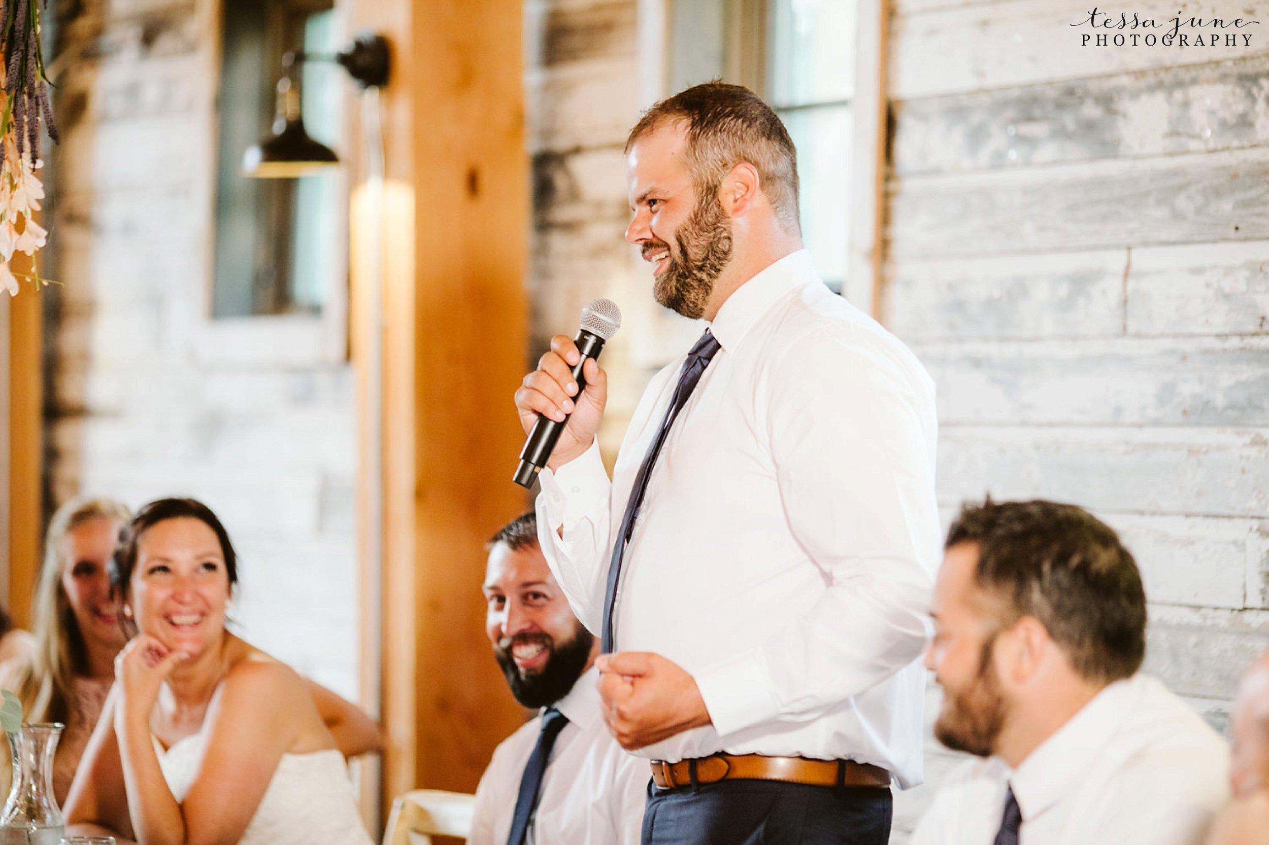 gathered-oaks-barn-wedding-alexandria-minnesota-183.jpg