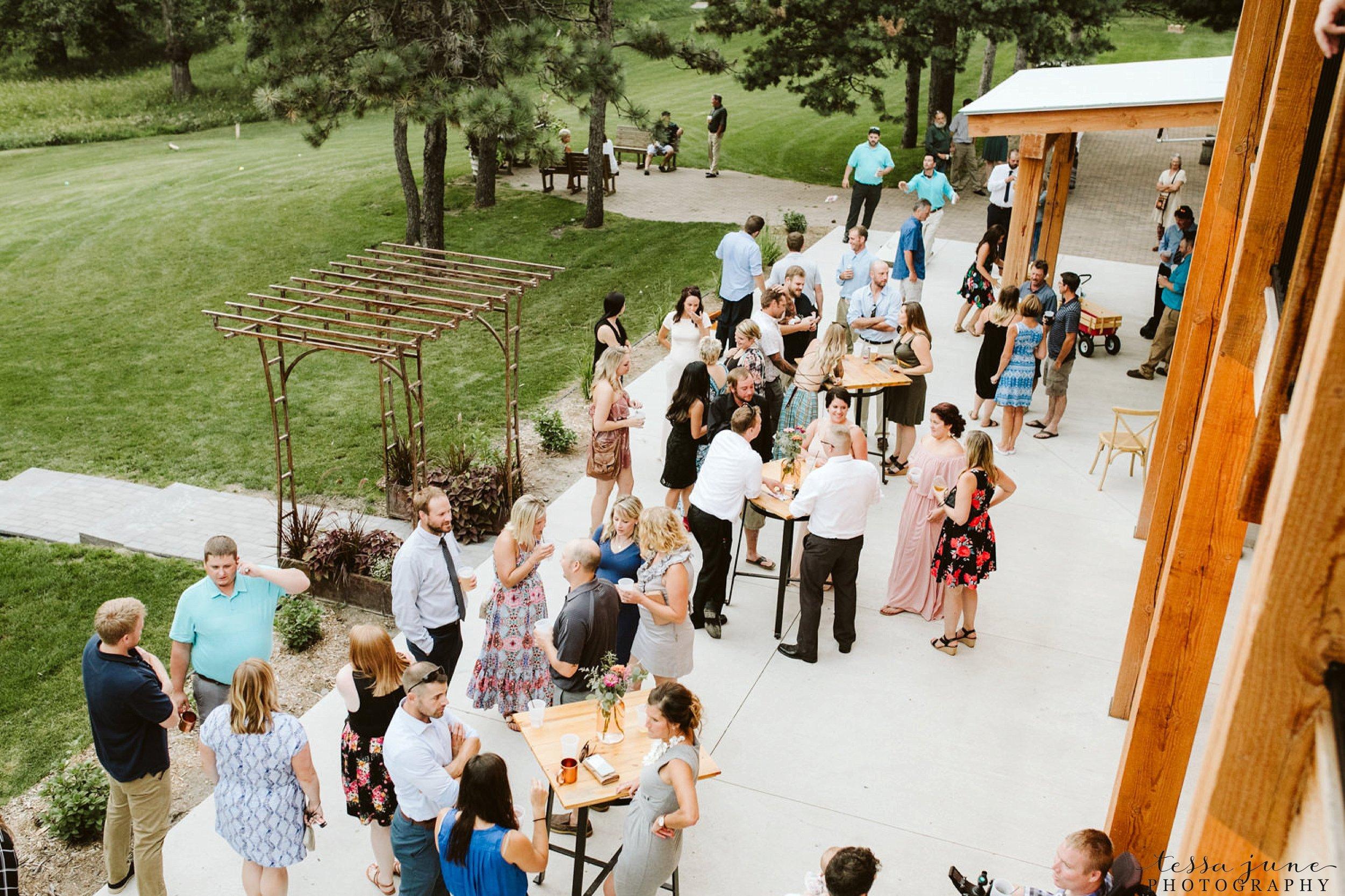 gathered-oaks-barn-wedding-alexandria-minnesota-190.jpg