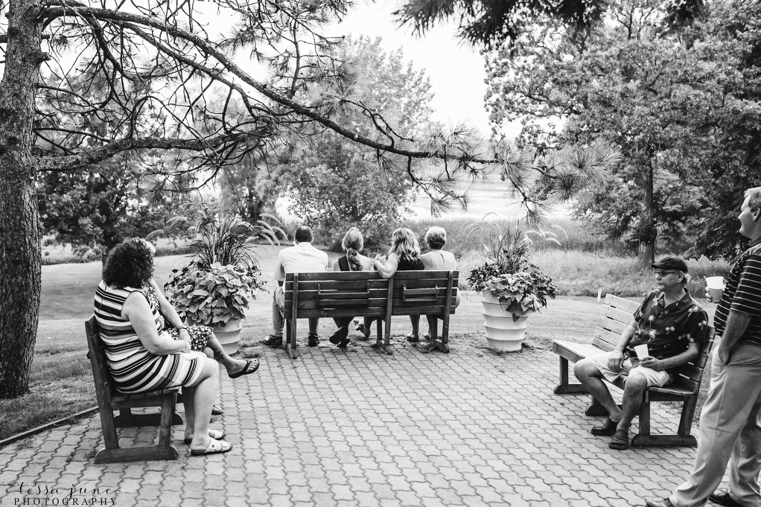 gathered-oaks-barn-wedding-alexandria-minnesota-194.jpg