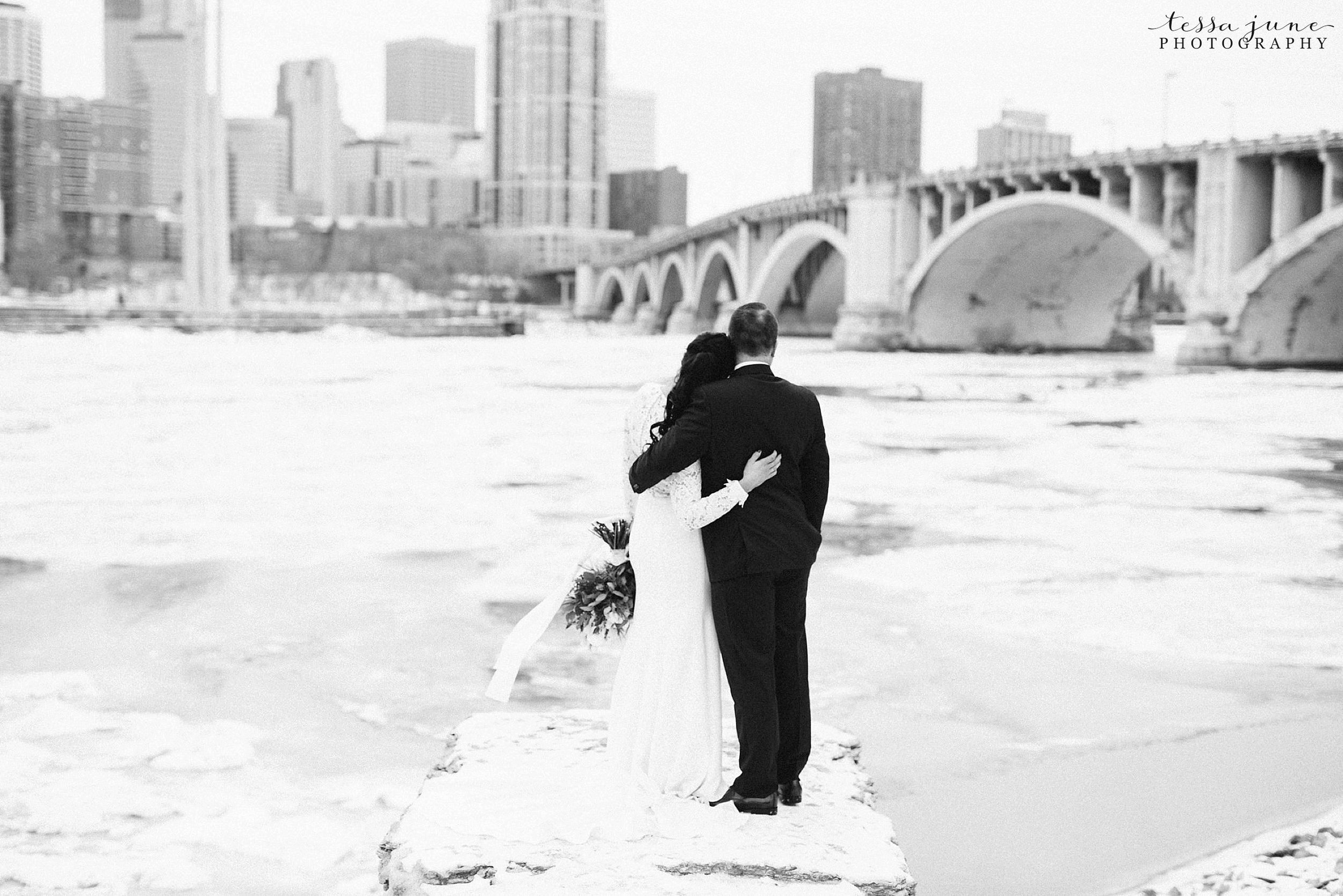 minneapolis-event-center-winter-romantic-snow-wedding-december-103.jpg