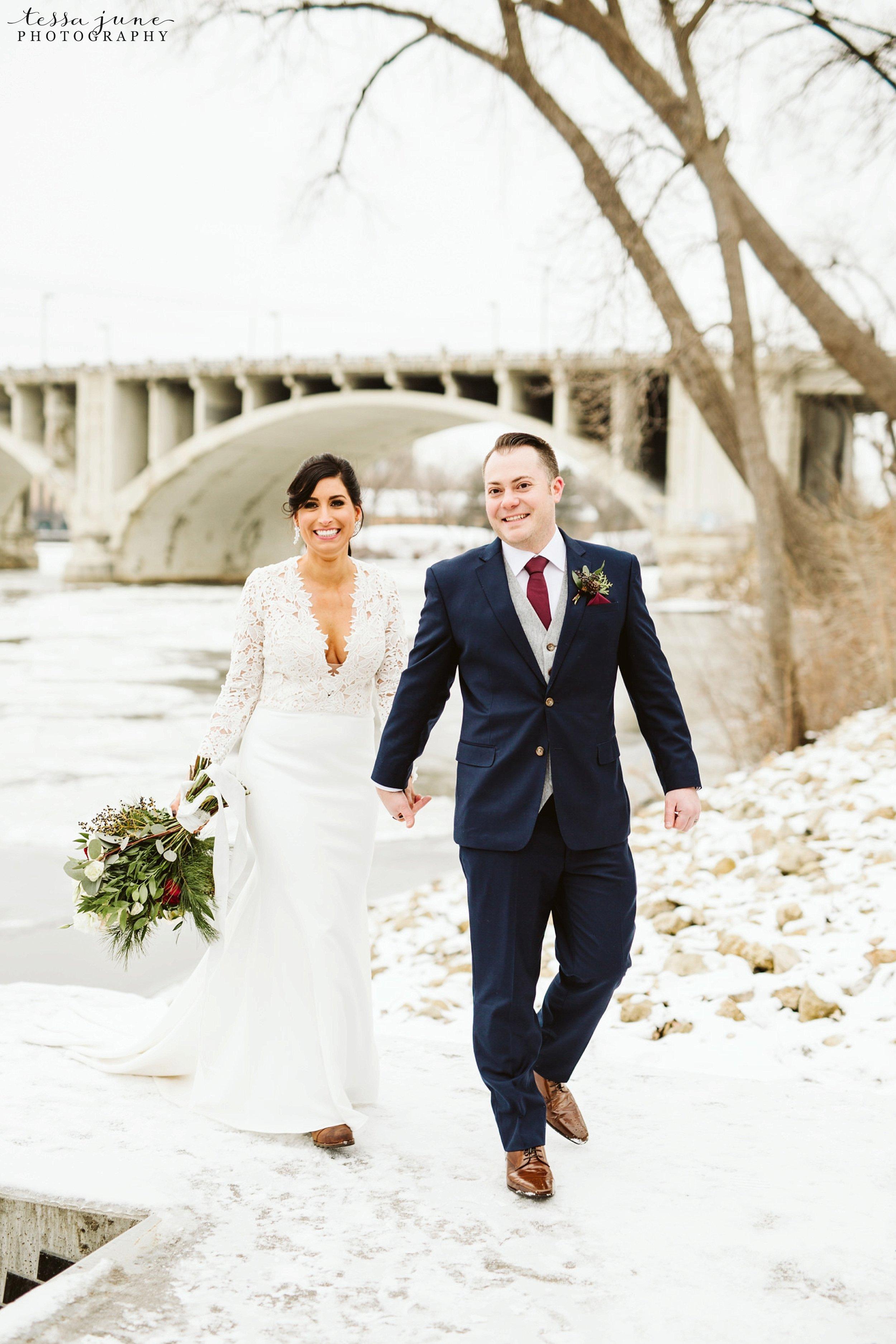 minneapolis-event-center-winter-romantic-snow-wedding-december-104.jpg