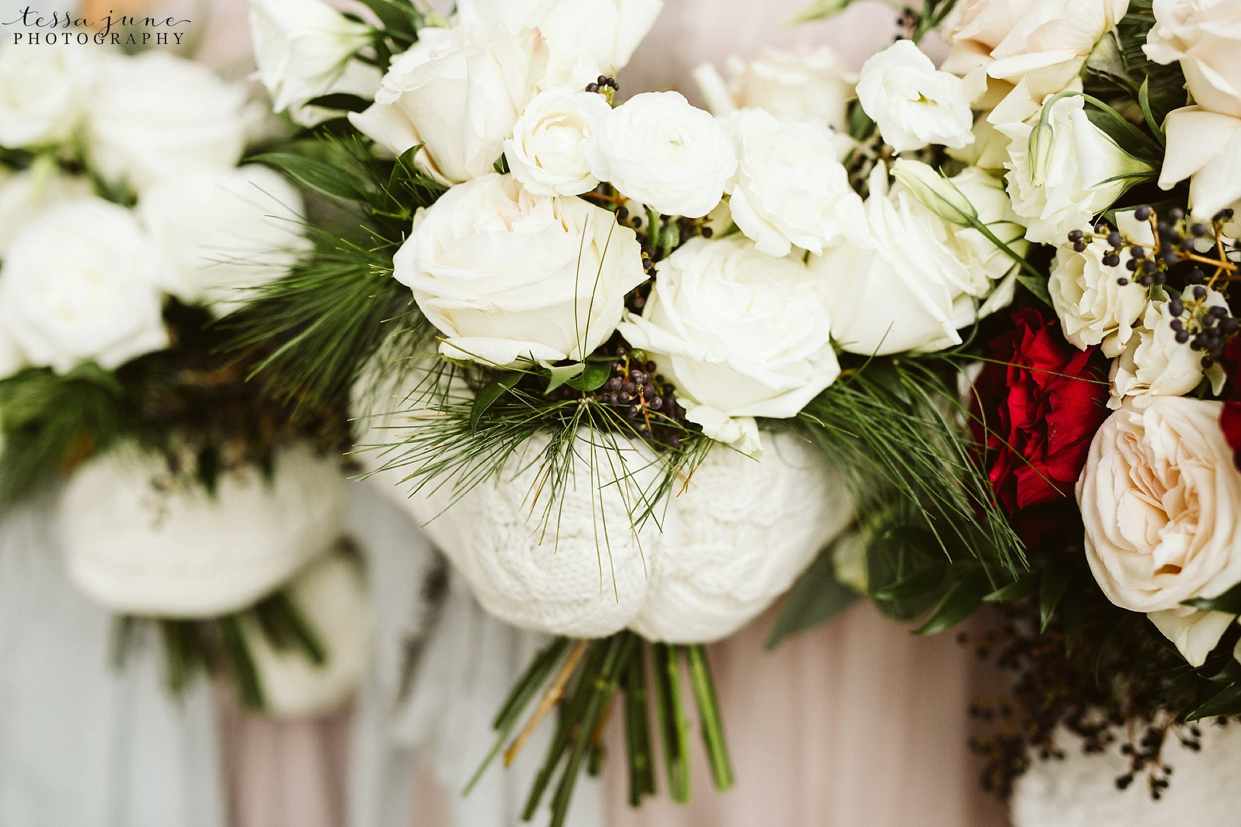 minneapolis-event-center-winter-romantic-snow-wedding-december-113.jpg