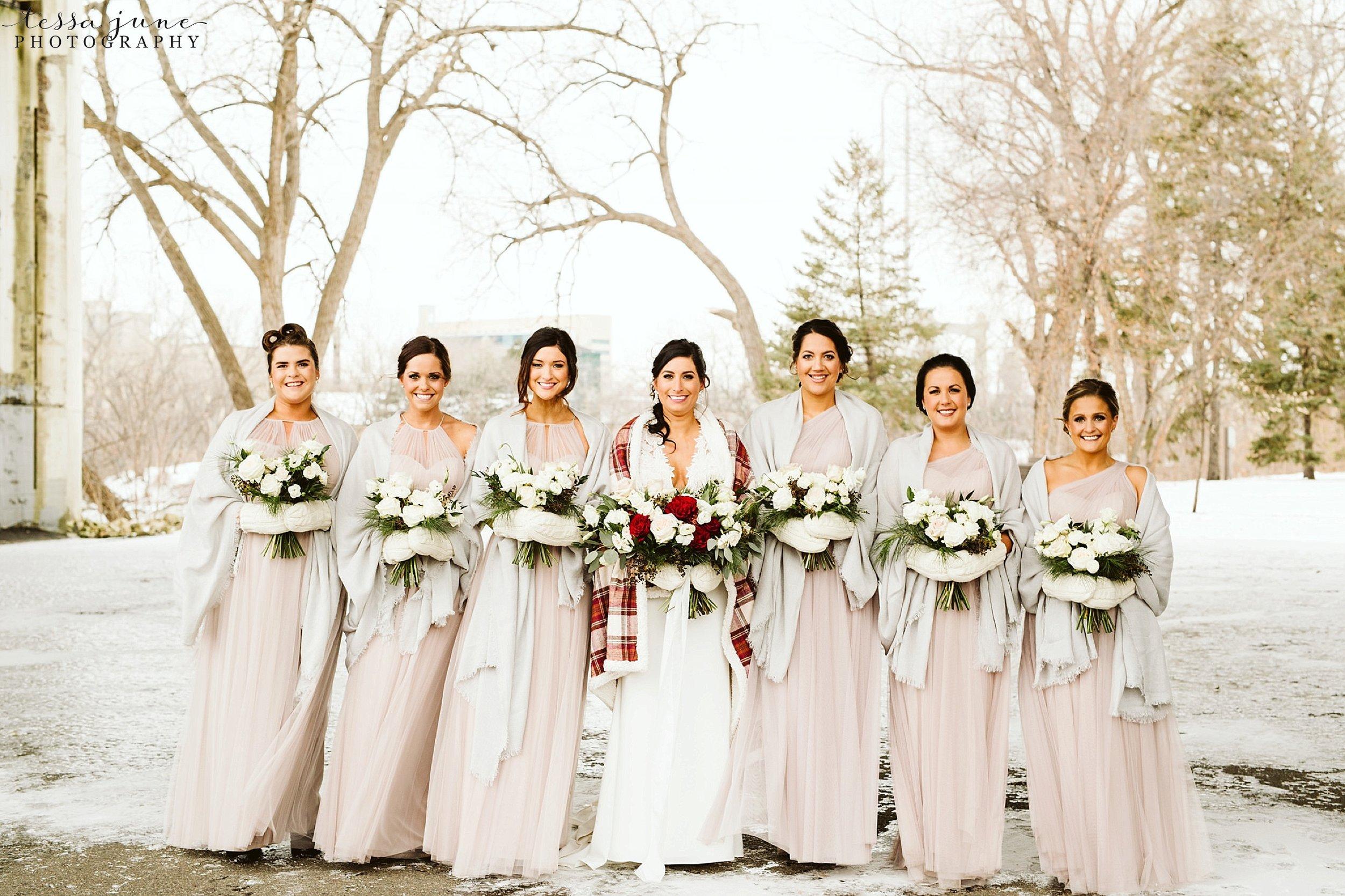 minneapolis-event-center-winter-romantic-snow-wedding-december-114.jpg