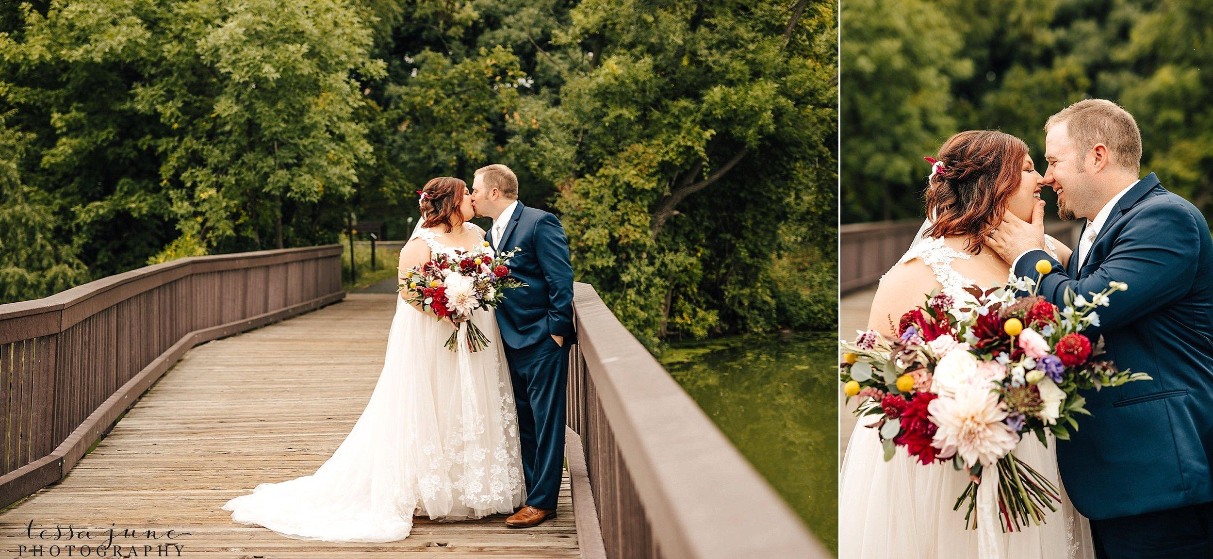 minneapolis-summer-wedding-at-silverwood-park-pristine-floral-43.jpg