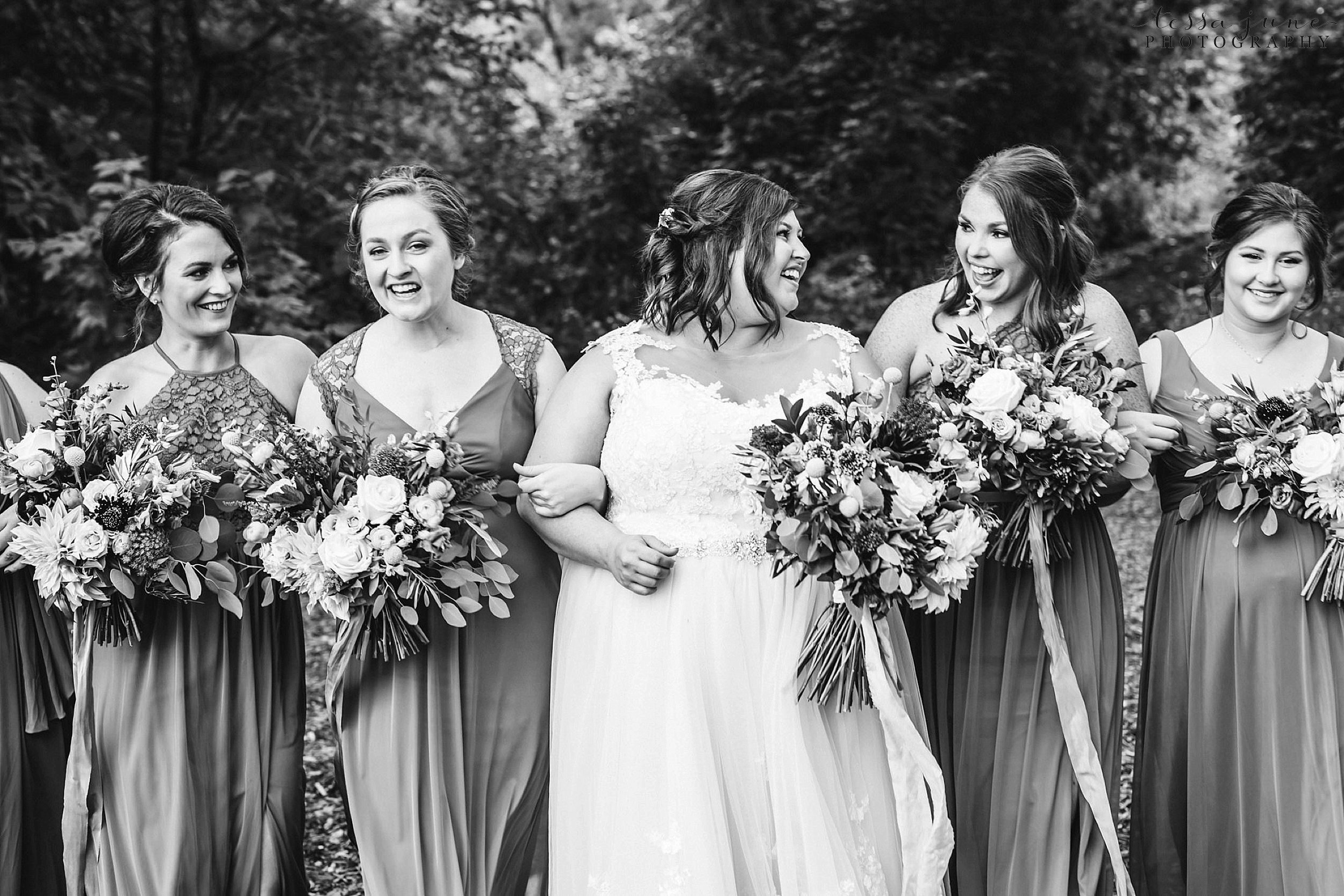 minneapolis-summer-wedding-at-silverwood-park-pristine-floral-83.jpg