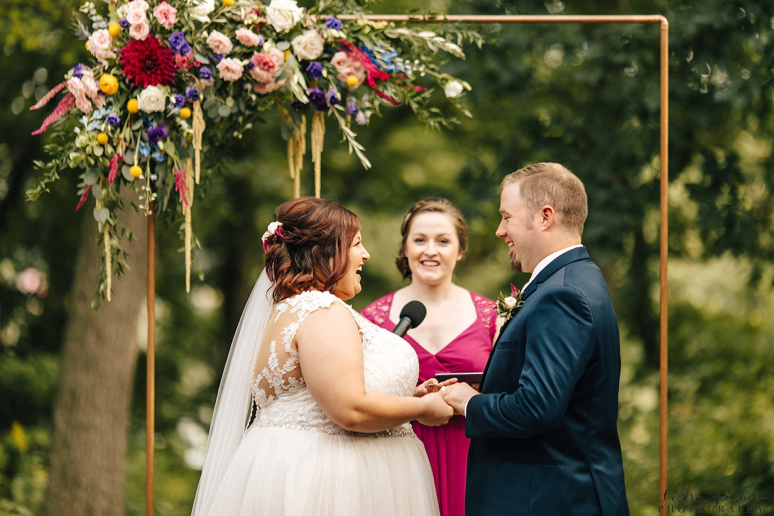 minneapolis-summer-wedding-at-silverwood-park-pristine-floral-102.jpg