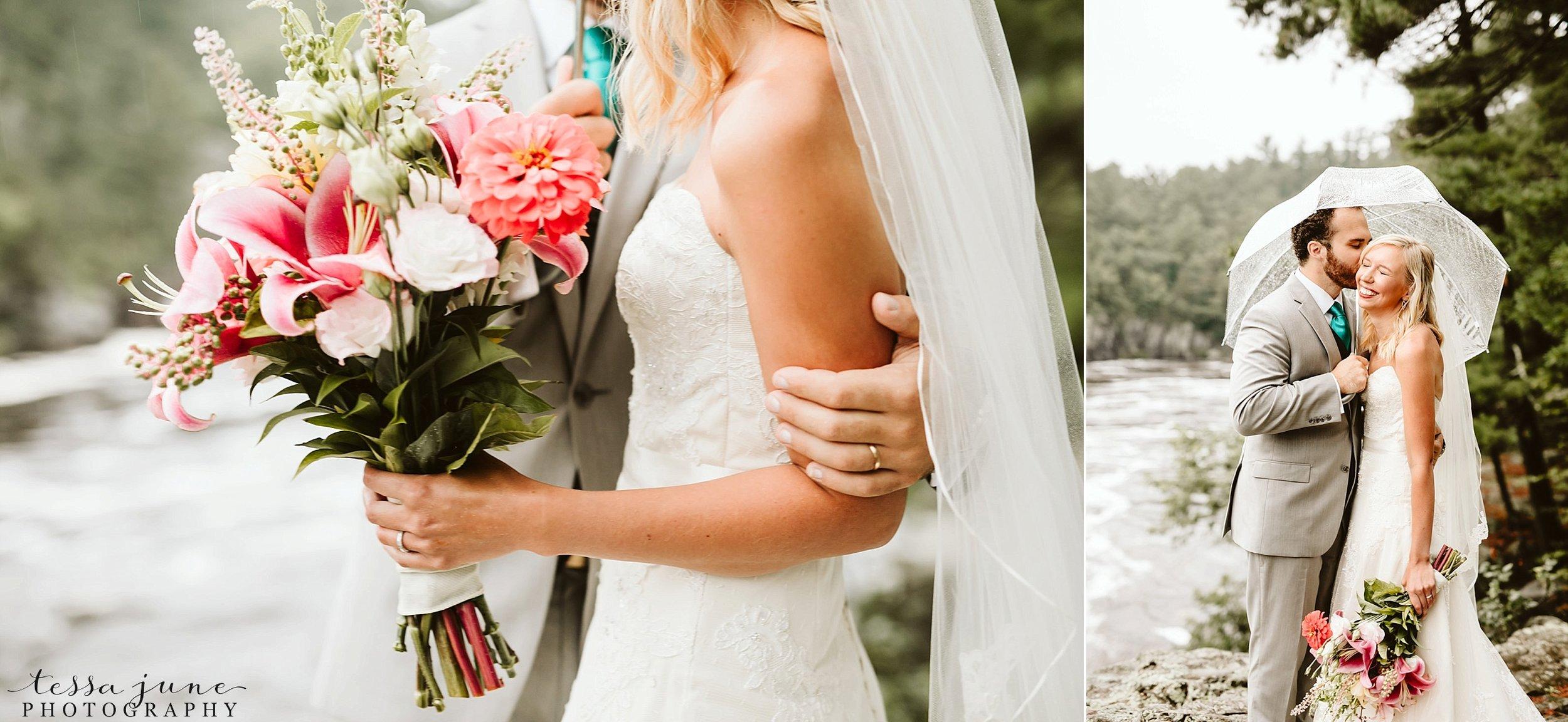 taylors-falls-rainy-elopement-wedding-interstate-state-park-2.jpg