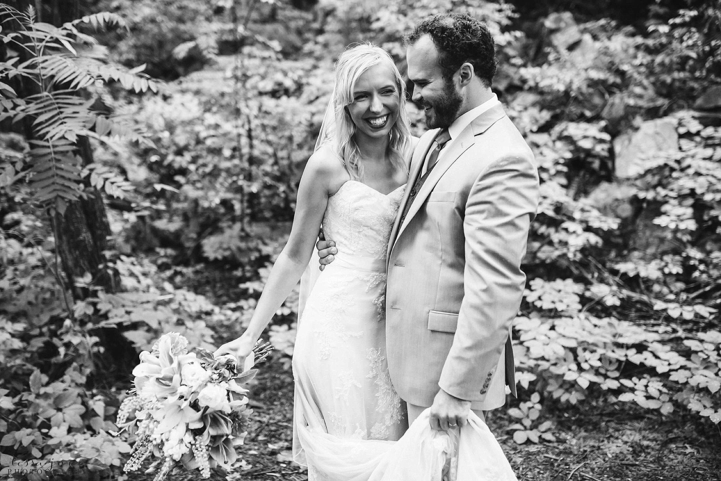 taylors-falls-rainy-elopement-wedding-interstate-state-park-22.jpg