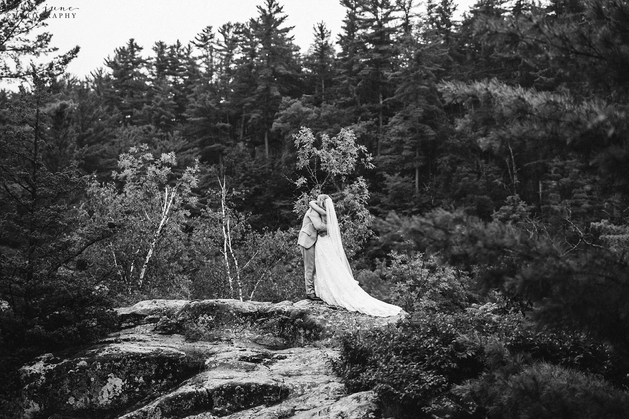 taylors-falls-rainy-elopement-wedding-interstate-state-park-26.jpg
