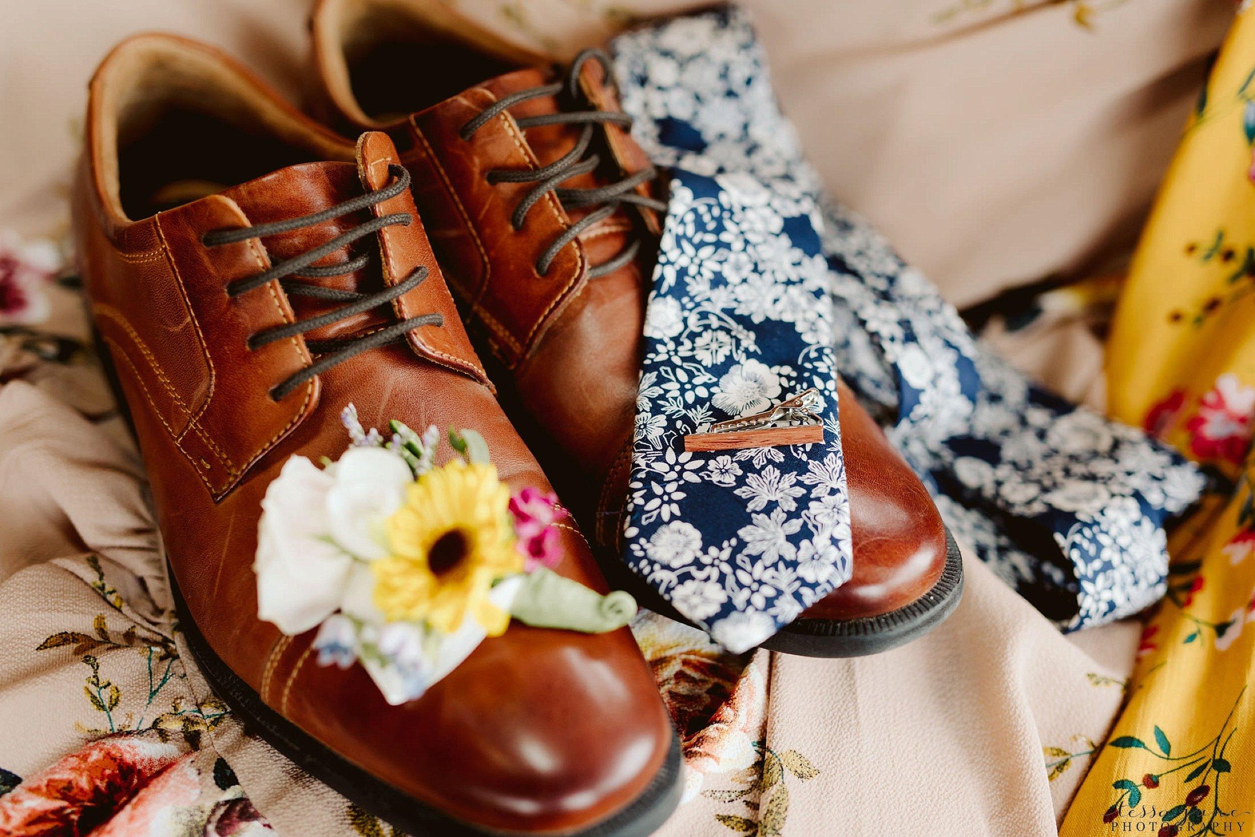 The-grands-at-mulligans-wedding-sartell-minnesota-spring-floral-spring-garden-wedding-21.jpg