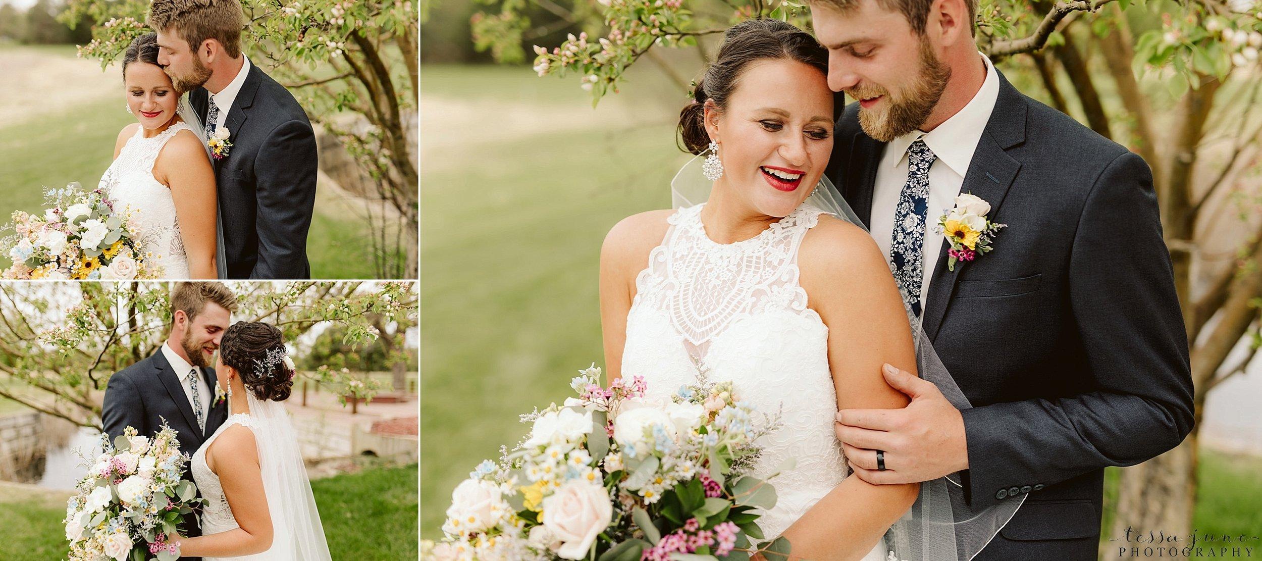 The-grands-at-mulligans-wedding-sartell-minnesota-spring-floral-spring-garden-wedding-55.jpg