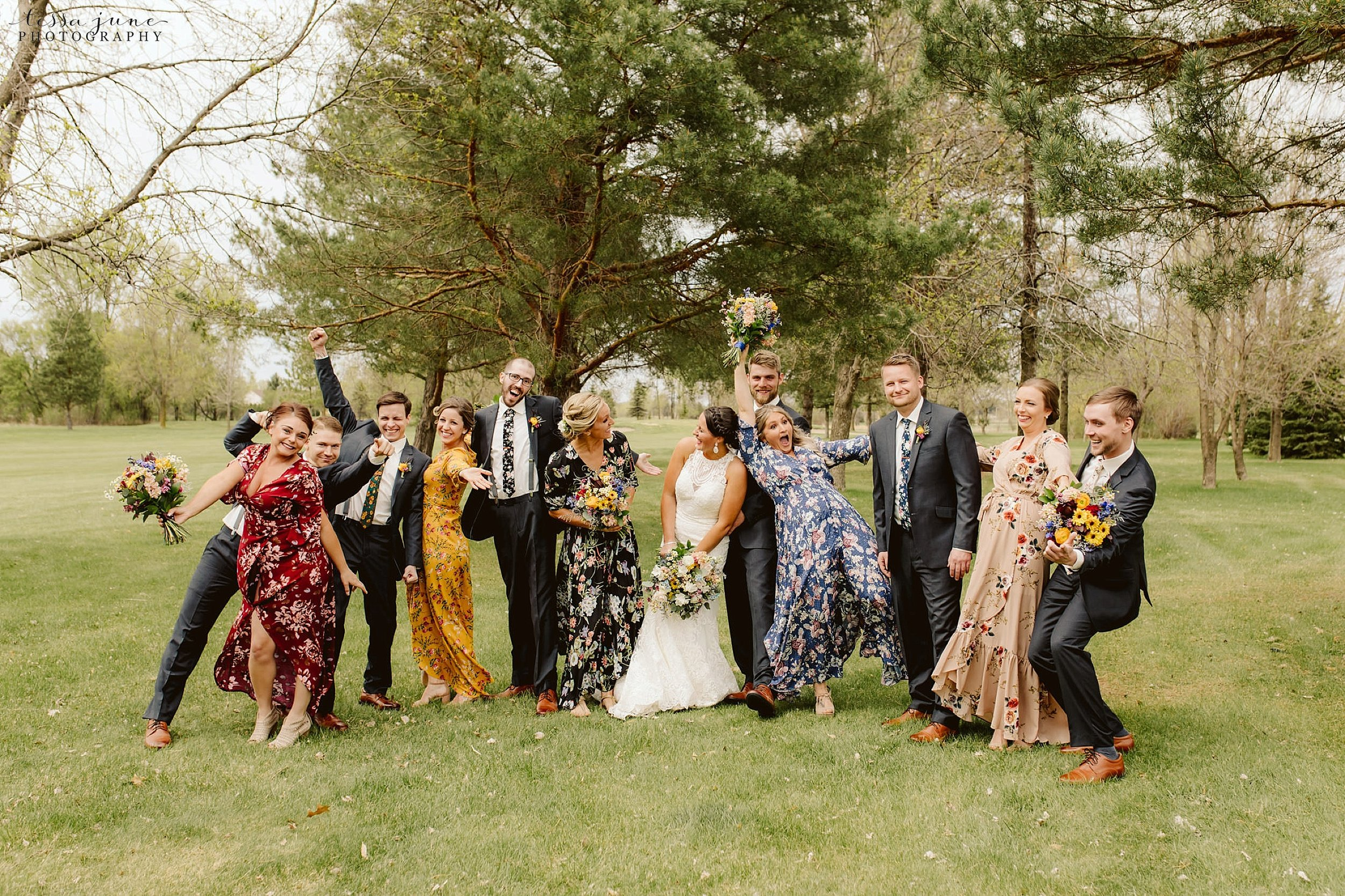 The-grands-at-mulligans-wedding-sartell-minnesota-spring-floral-spring-garden-wedding-71.jpg