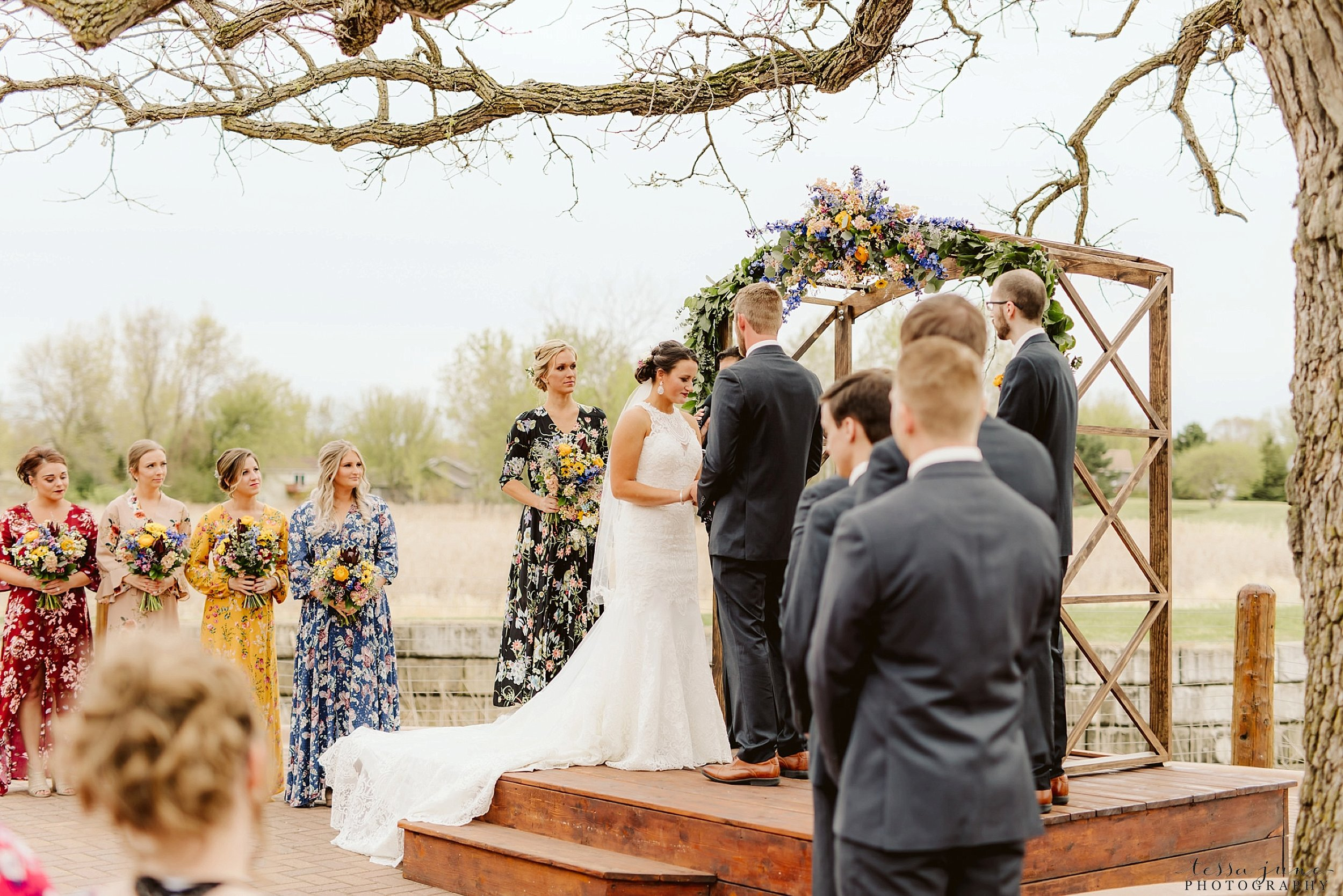 The-grands-at-mulligans-wedding-sartell-minnesota-spring-floral-spring-garden-wedding-97.jpg