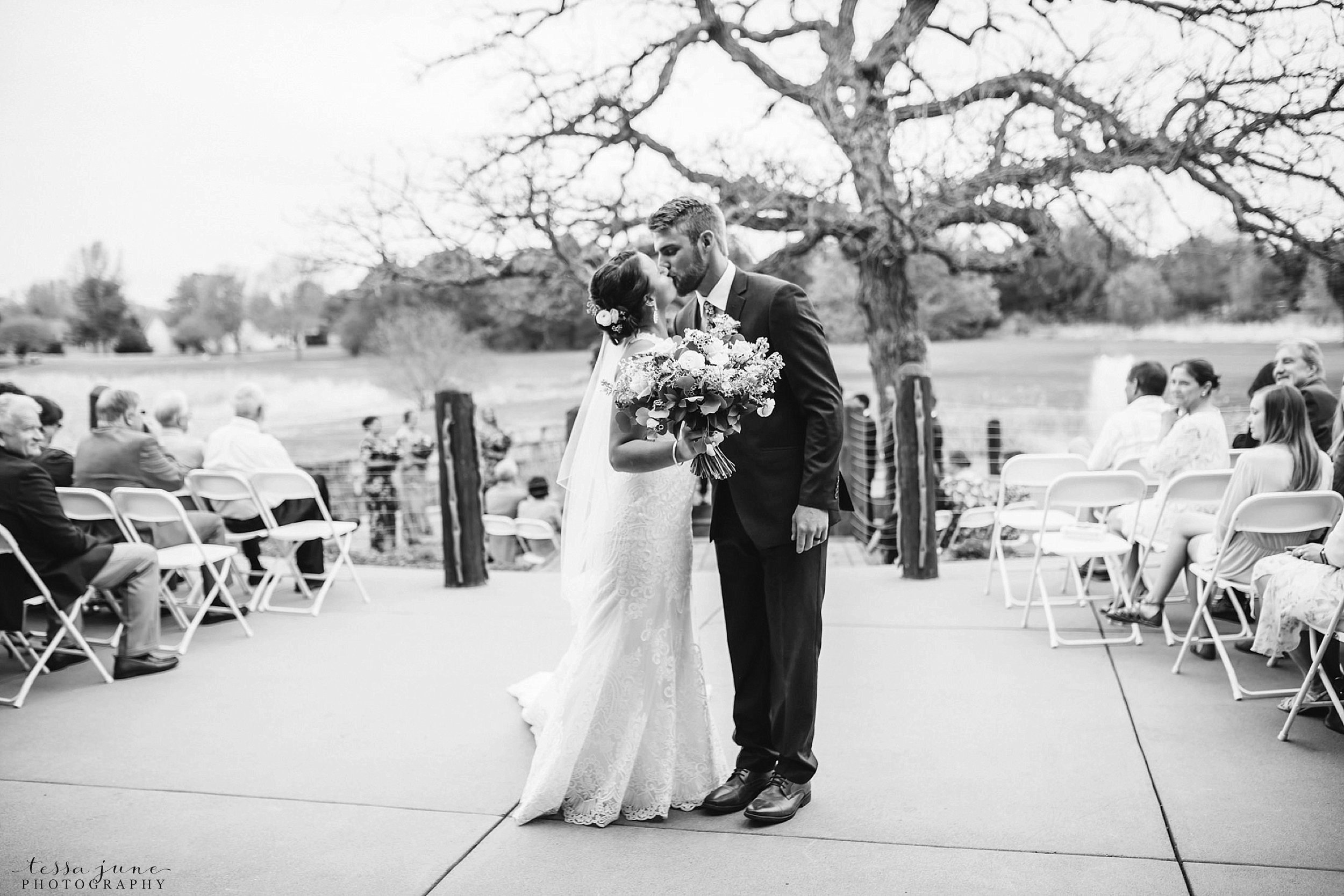 The-grands-at-mulligans-wedding-sartell-minnesota-spring-floral-spring-garden-wedding-103.jpg