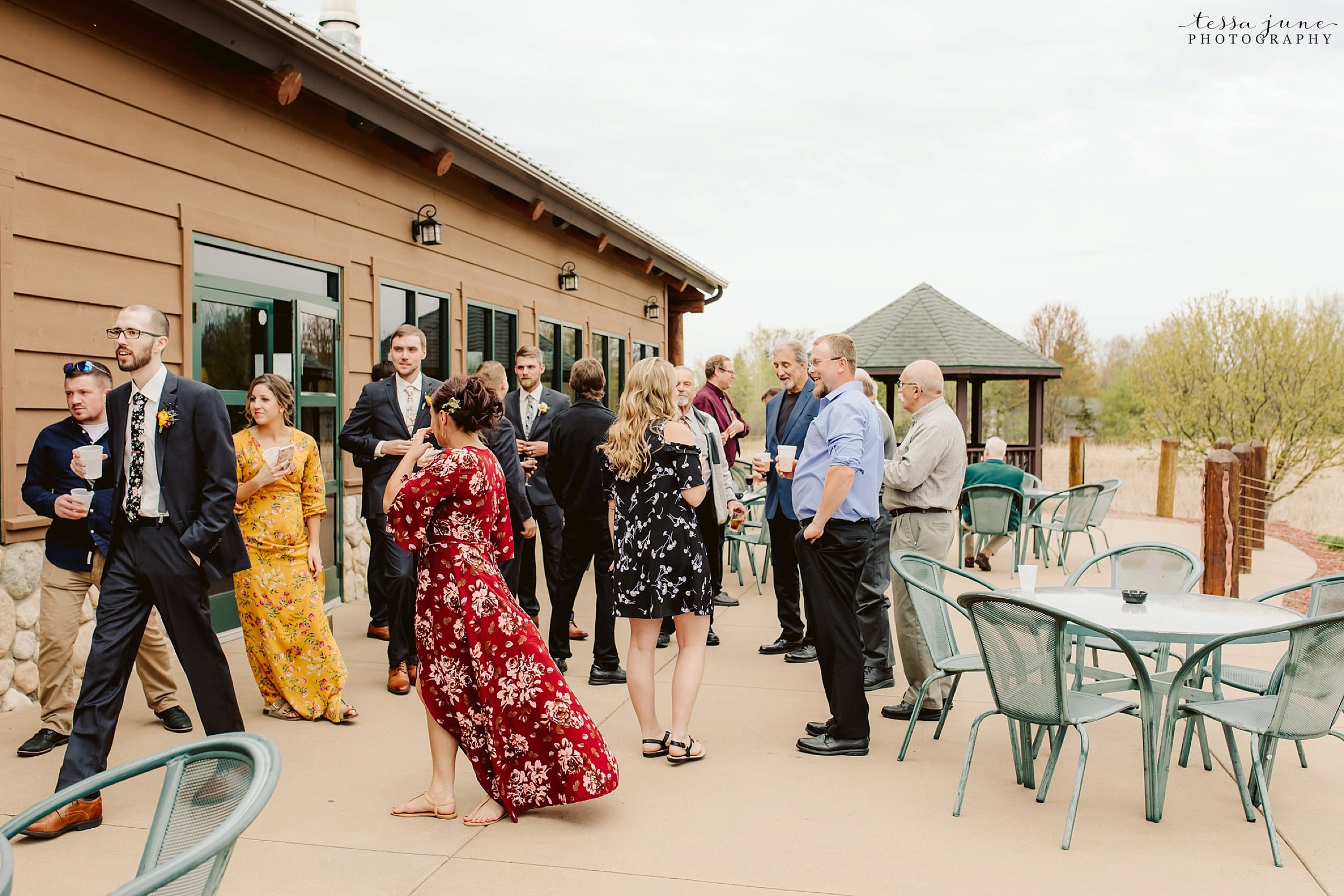 The-grands-at-mulligans-wedding-sartell-minnesota-spring-floral-spring-garden-wedding-119.jpg