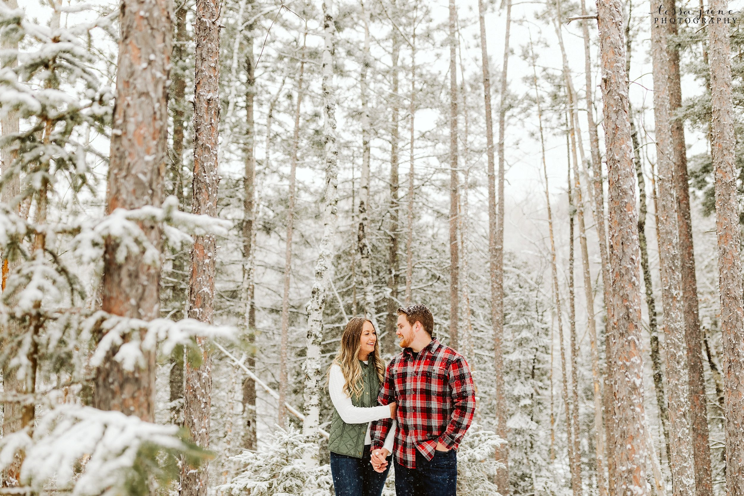 duluth-winter-engagement-forest-photos-during-snow-storm-13.jpg