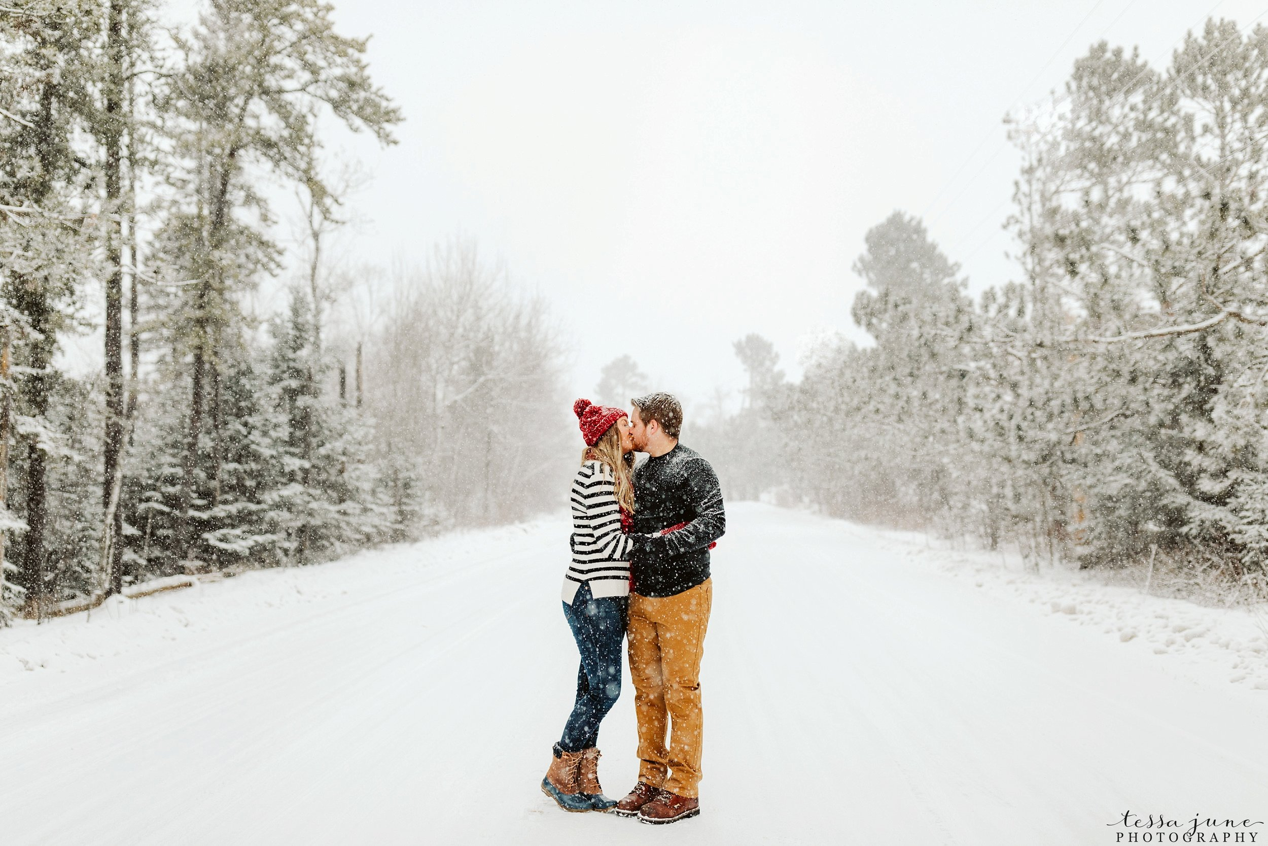 duluth-winter-engagement-forest-photos-during-snow-storm-43.jpg