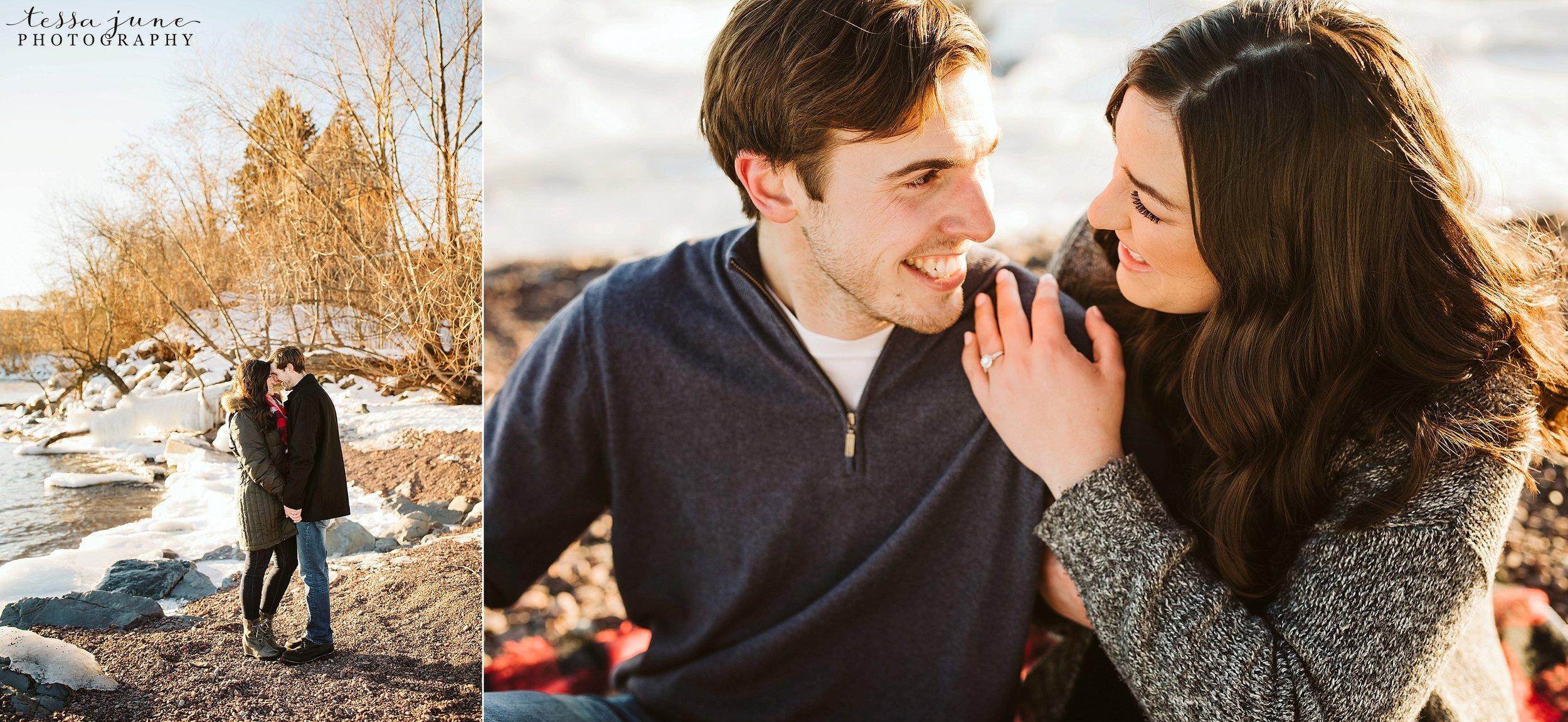 winter-duluth-engagement-at-park-pointe-snow-aly-alex-18.jpg