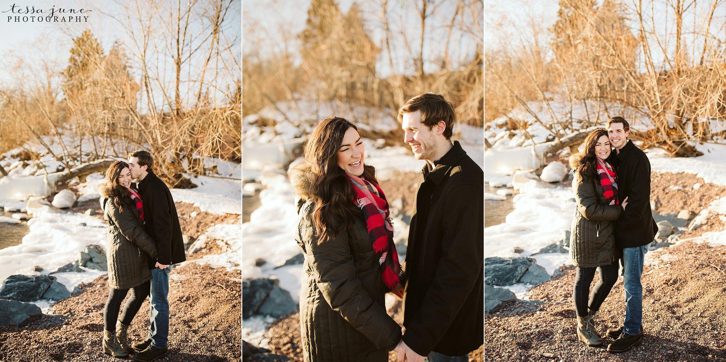 winter-duluth-engagement-at-park-pointe-snow-aly-alex-19.jpg