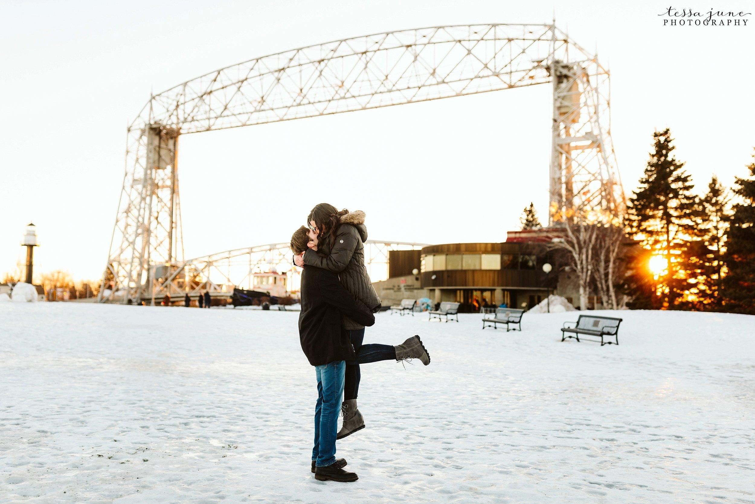 winter-duluth-engagement-at-park-pointe-snow-aly-alex-36.jpg