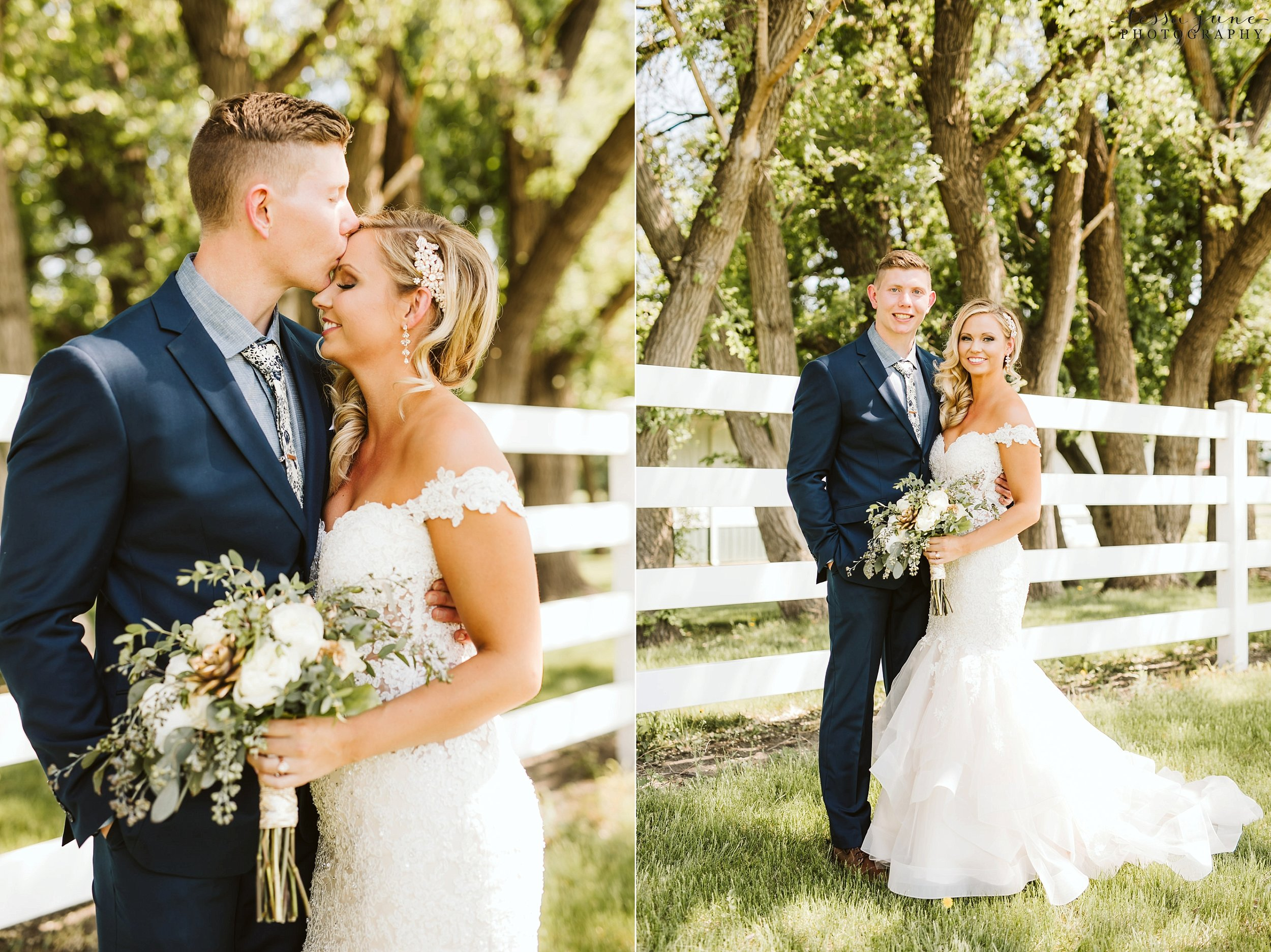 carlos-creek-winery-wedding-alexandria-minnesota-glam-elegant-floral-37.jpg