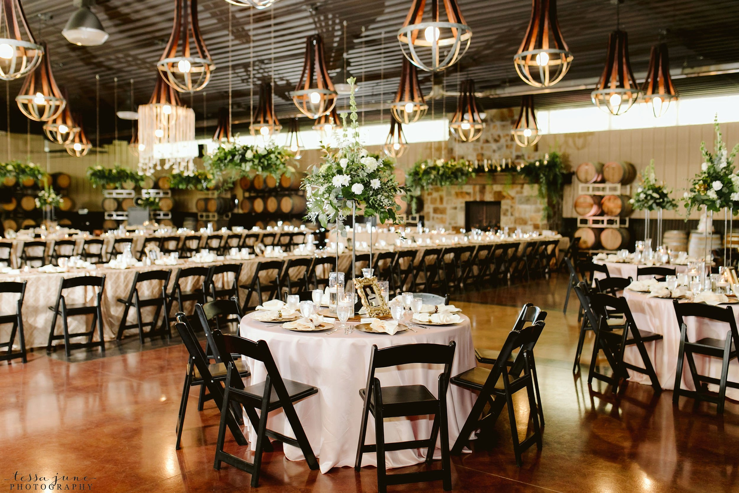 carlos-creek-winery-wedding-alexandria-minnesota-glam-elegant-floral-64.jpg