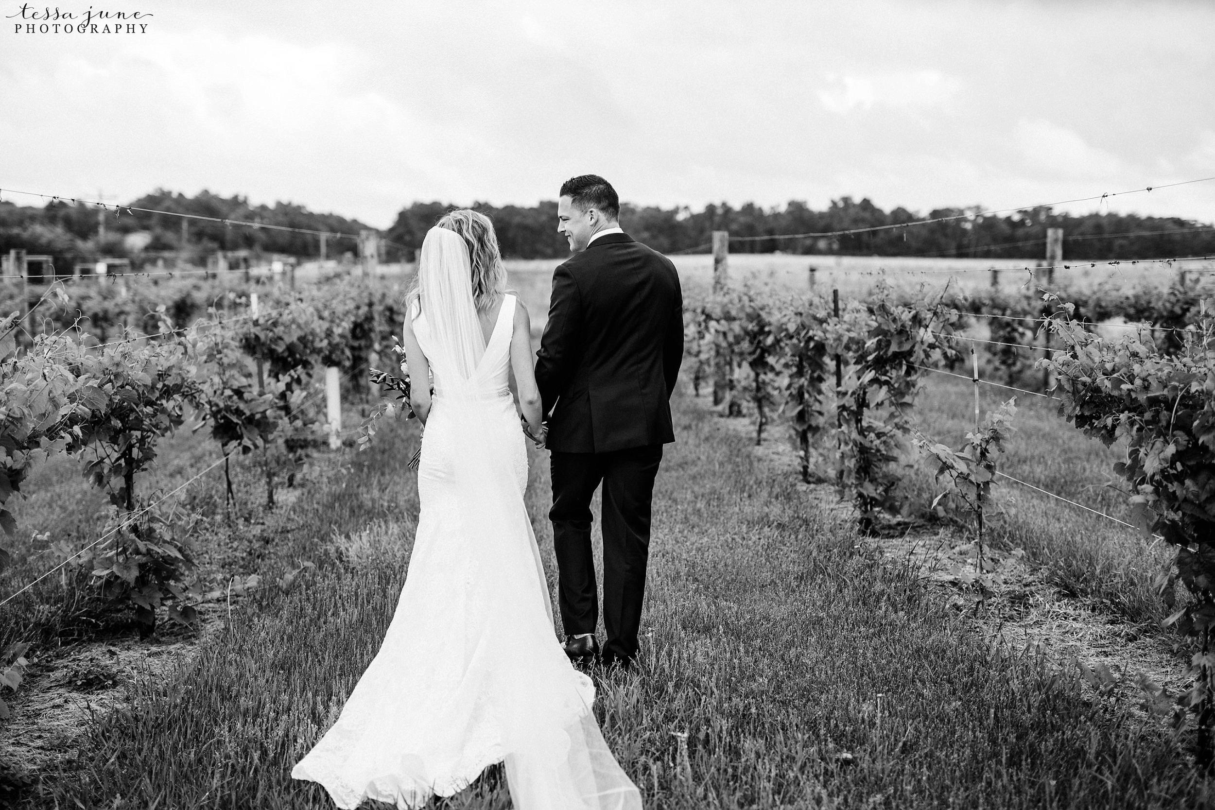 carlos-creek-winery-wedding-summer-pristine-floral-blush-pink-navy-alexandria-minnesota-57.jpg