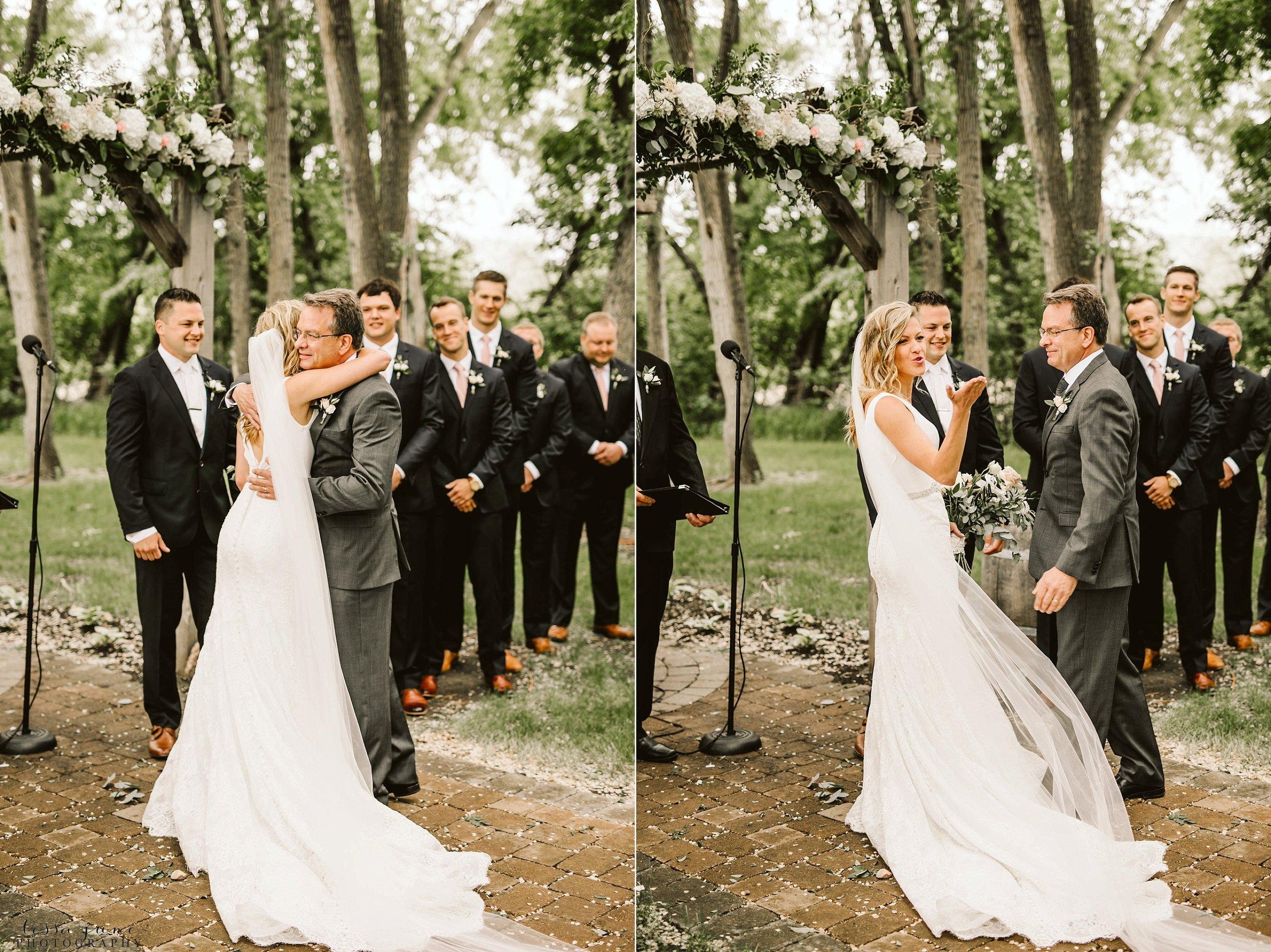 carlos-creek-winery-wedding-summer-pristine-floral-blush-pink-navy-alexandria-minnesota-107.jpg