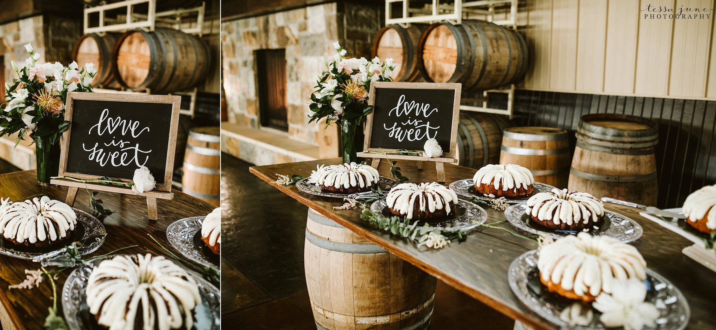 carlos-creek-winery-wedding-summer-pristine-floral-blush-pink-navy-alexandria-minnesota-142.jpg