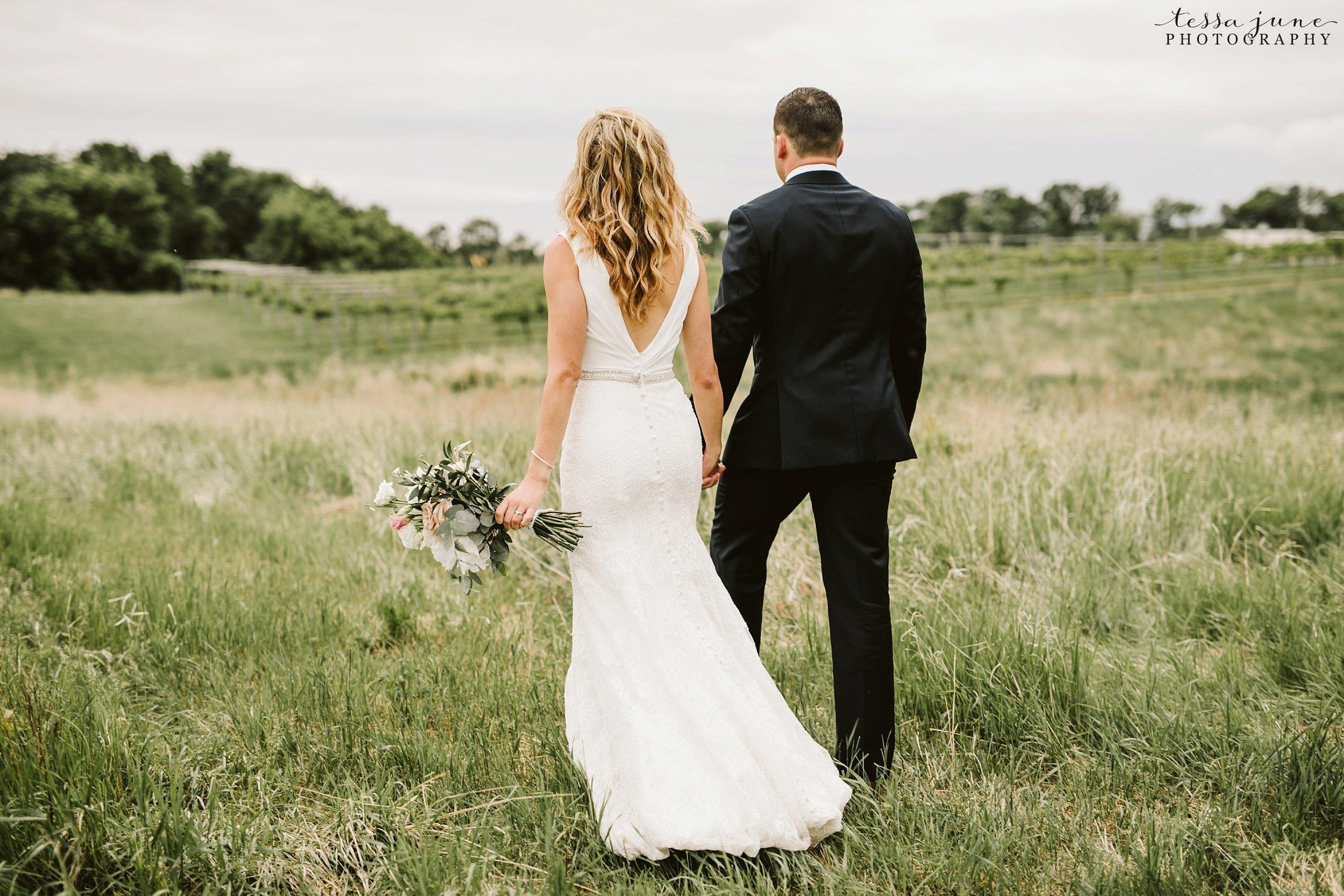 carlos-creek-winery-wedding-summer-pristine-floral-blush-pink-navy-alexandria-minnesota-163.jpg