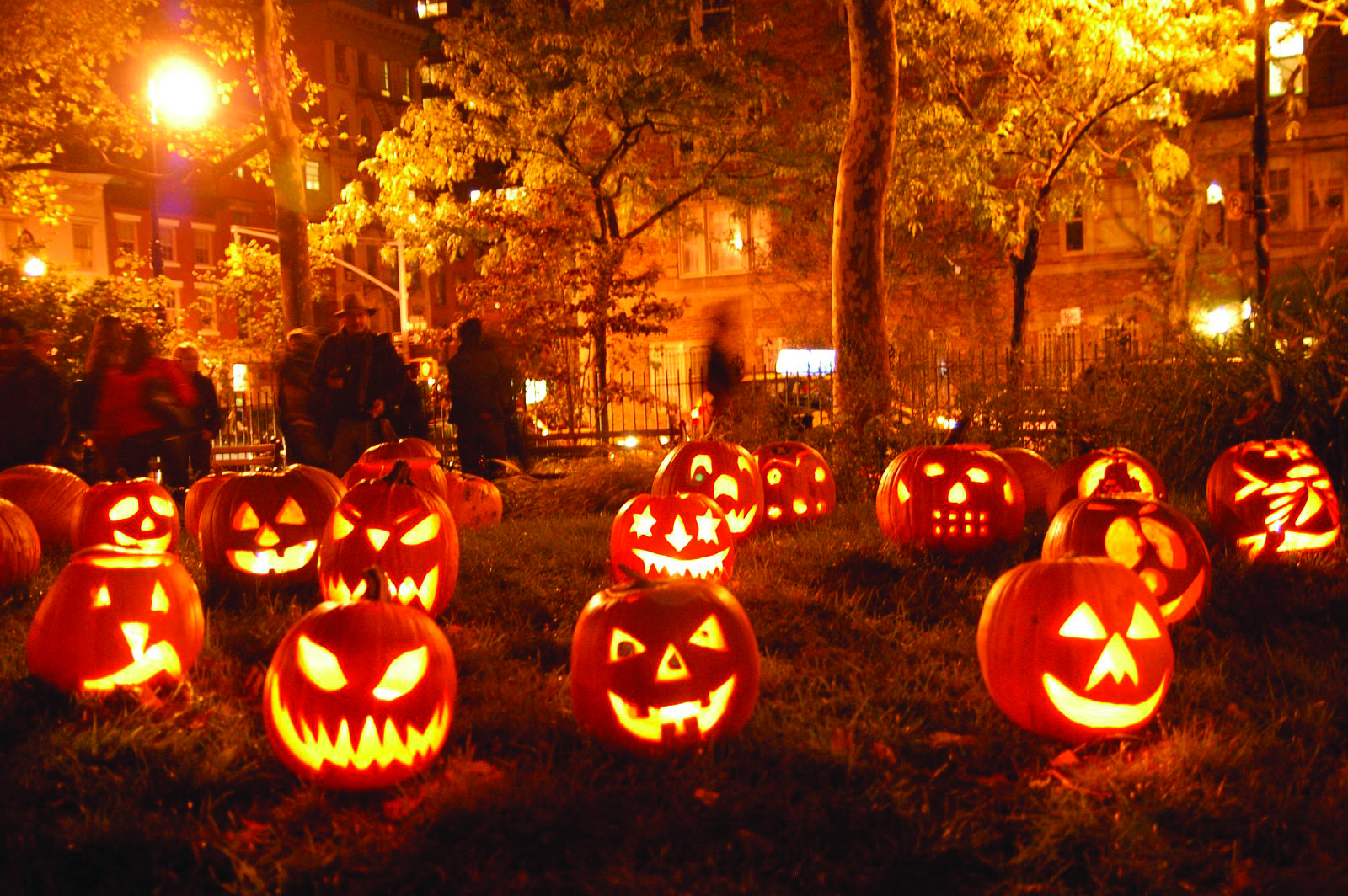 Halloween Party Friday Oct. 23rd @Skyline CrossFit. Everything starts after 5:30 class ends. Pumpkin carving, Food, Beer, and Games. What more can you ask for?