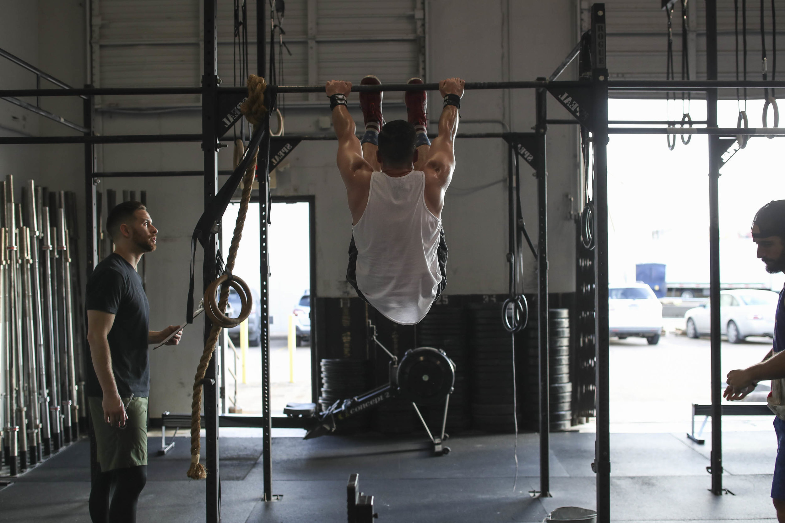 Ryan Kealler showing a great example of a Toes to Bar!