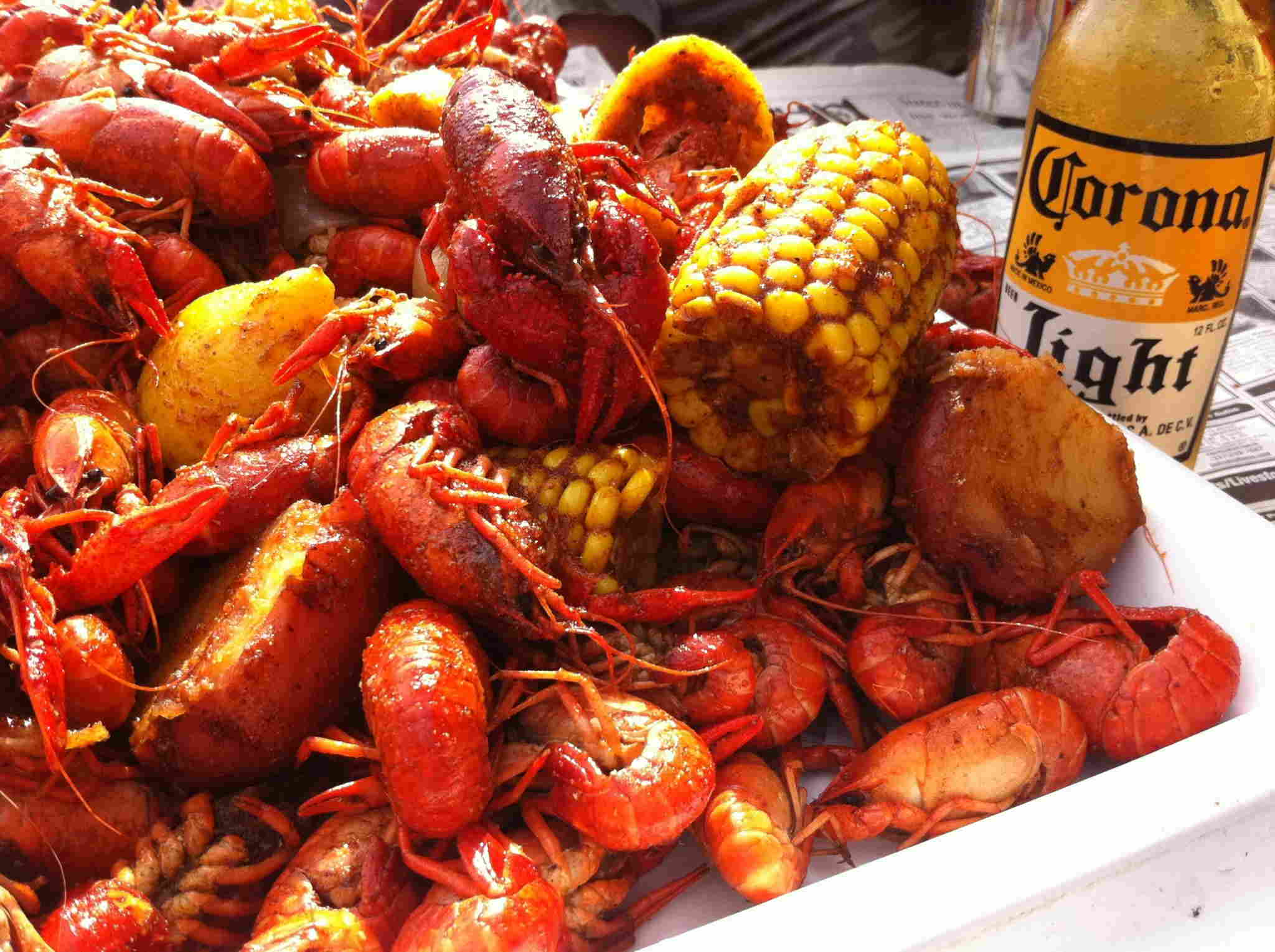 long-seafood-boil-crawfish-corona-beer.jpg