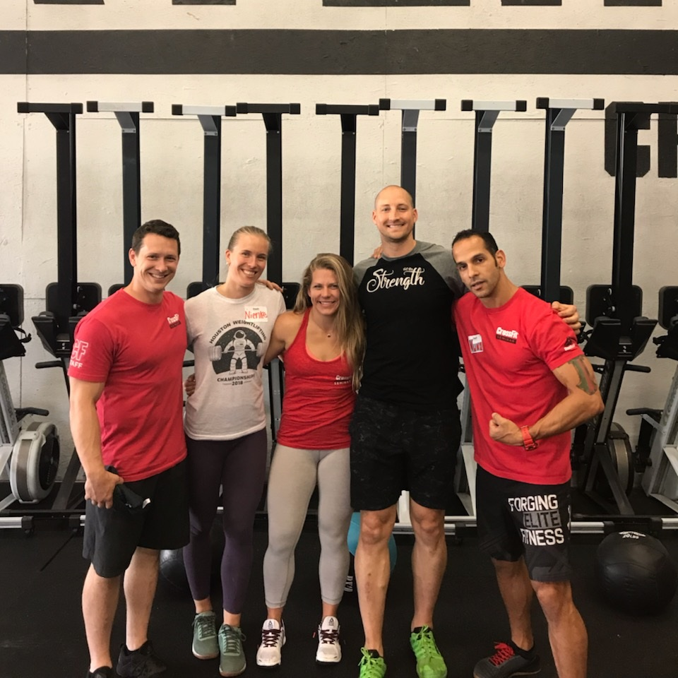 Nienke and Zach furthering their education attending the Level 2 seminar last weekend! The Level 2 training course is ideally suited for any trainer serious about delivering quality coaching. Luckily we will all benefit from this education. Great work you two!